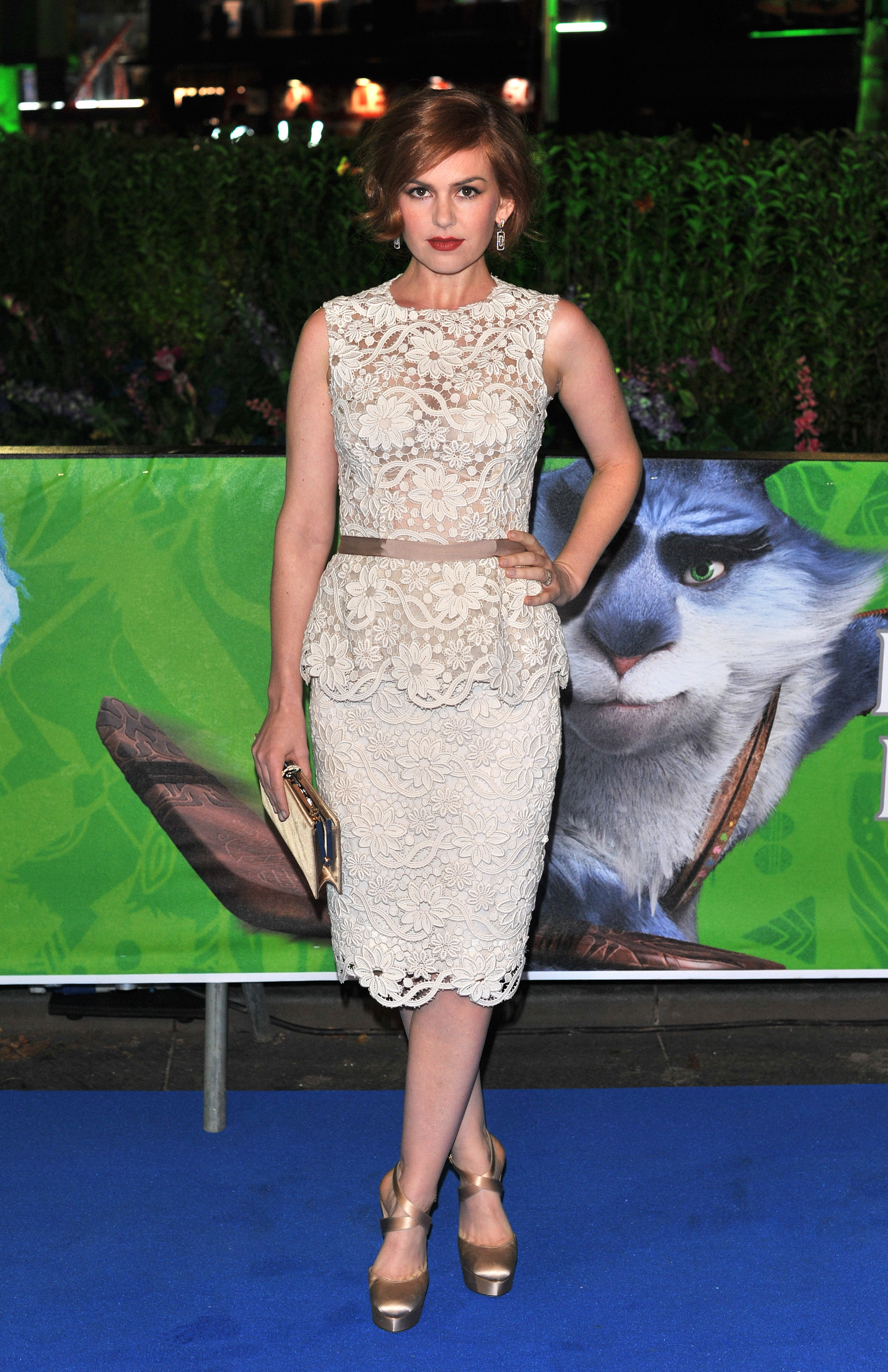 Isla Fisher Carey Mulligan style