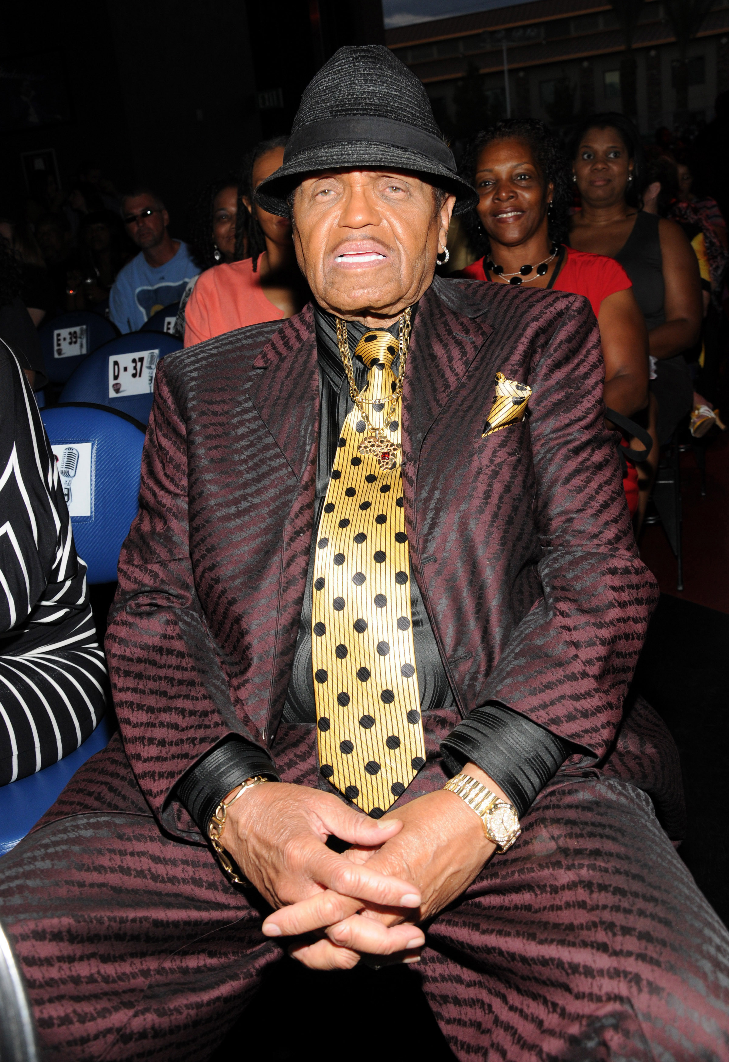 Joe Jackson hospitalized with fever: Report