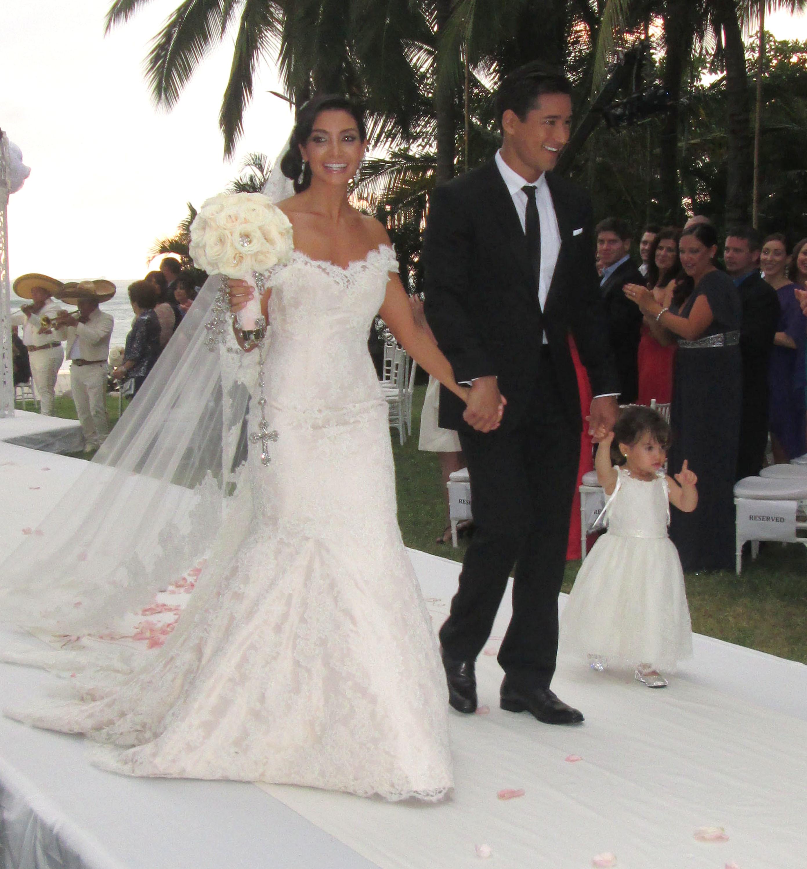 Mario Lopez wife Courtney Mazza Mexican wedding