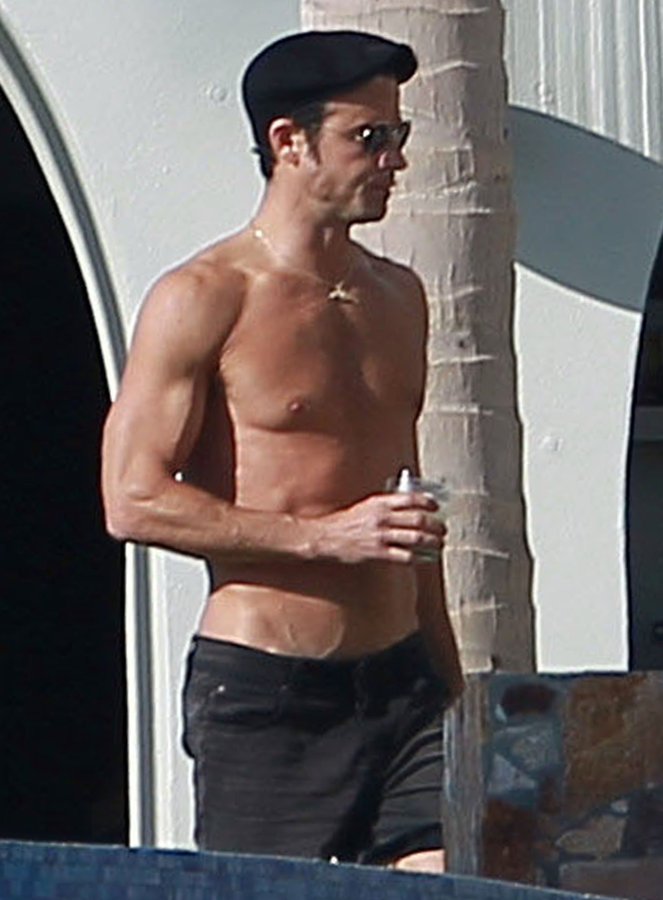 Justin Theroux Jennifer Aniston combat boots black style Esquire shirtless