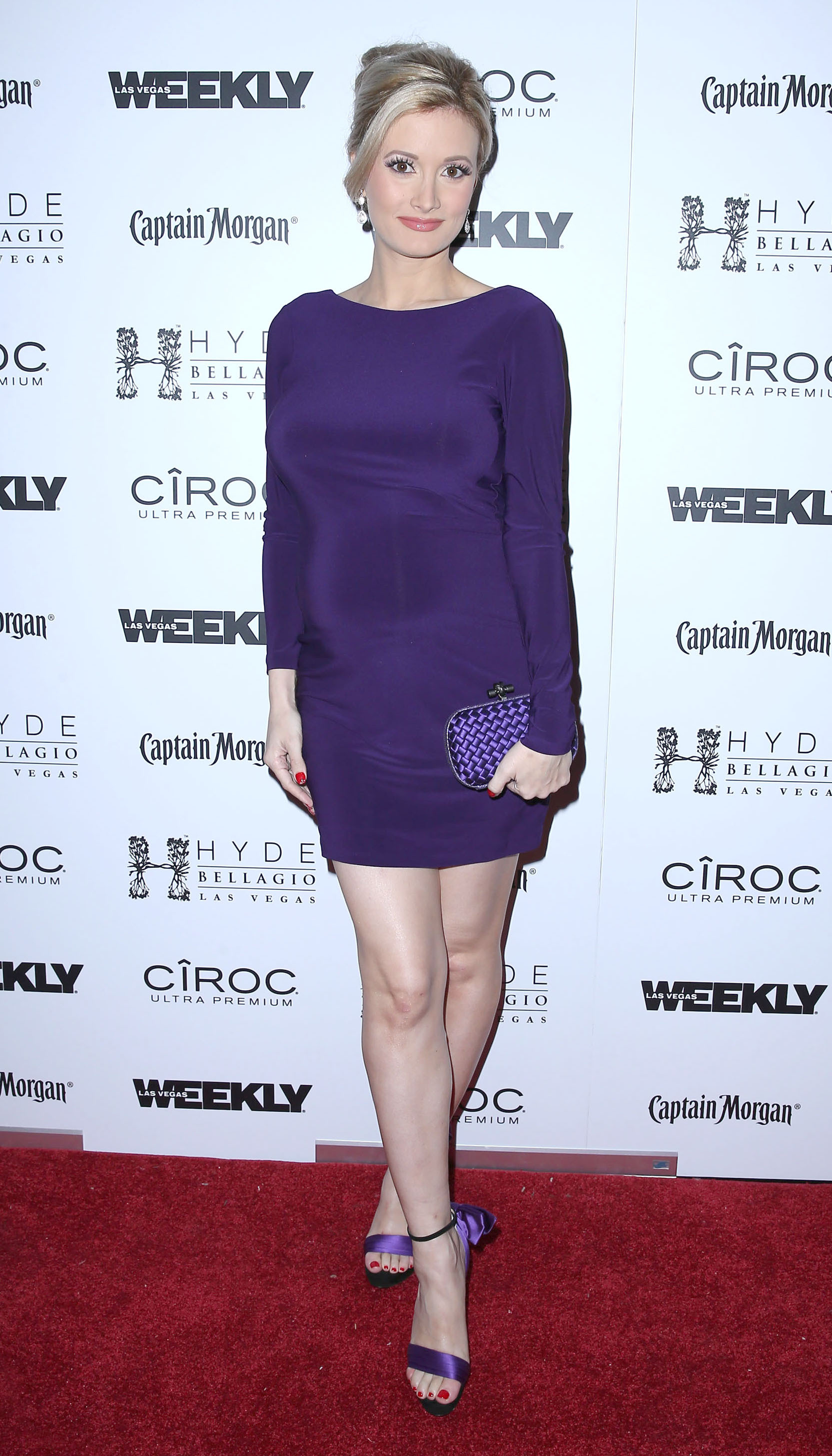 Holly Madison pregnancy style