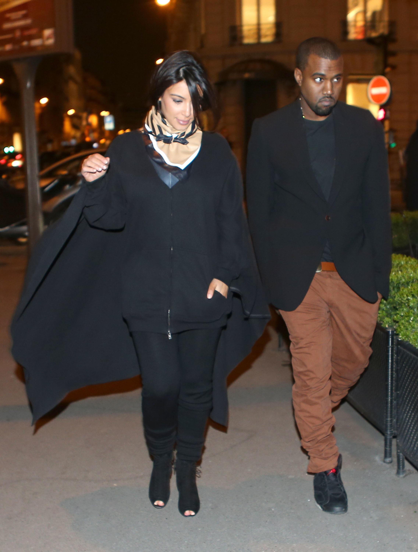 Kim Kardashian kanye west shopping paris