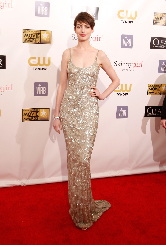 Anne Hathaway 2013 SAG awards