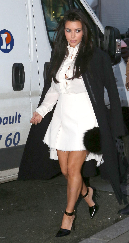 Kim Kardashian fashion show paris