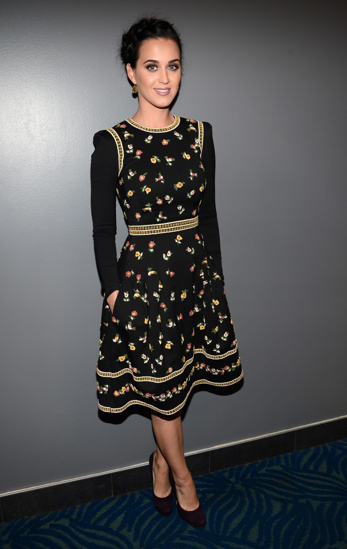 Katy Perry Kelly Clarkson black party dress
