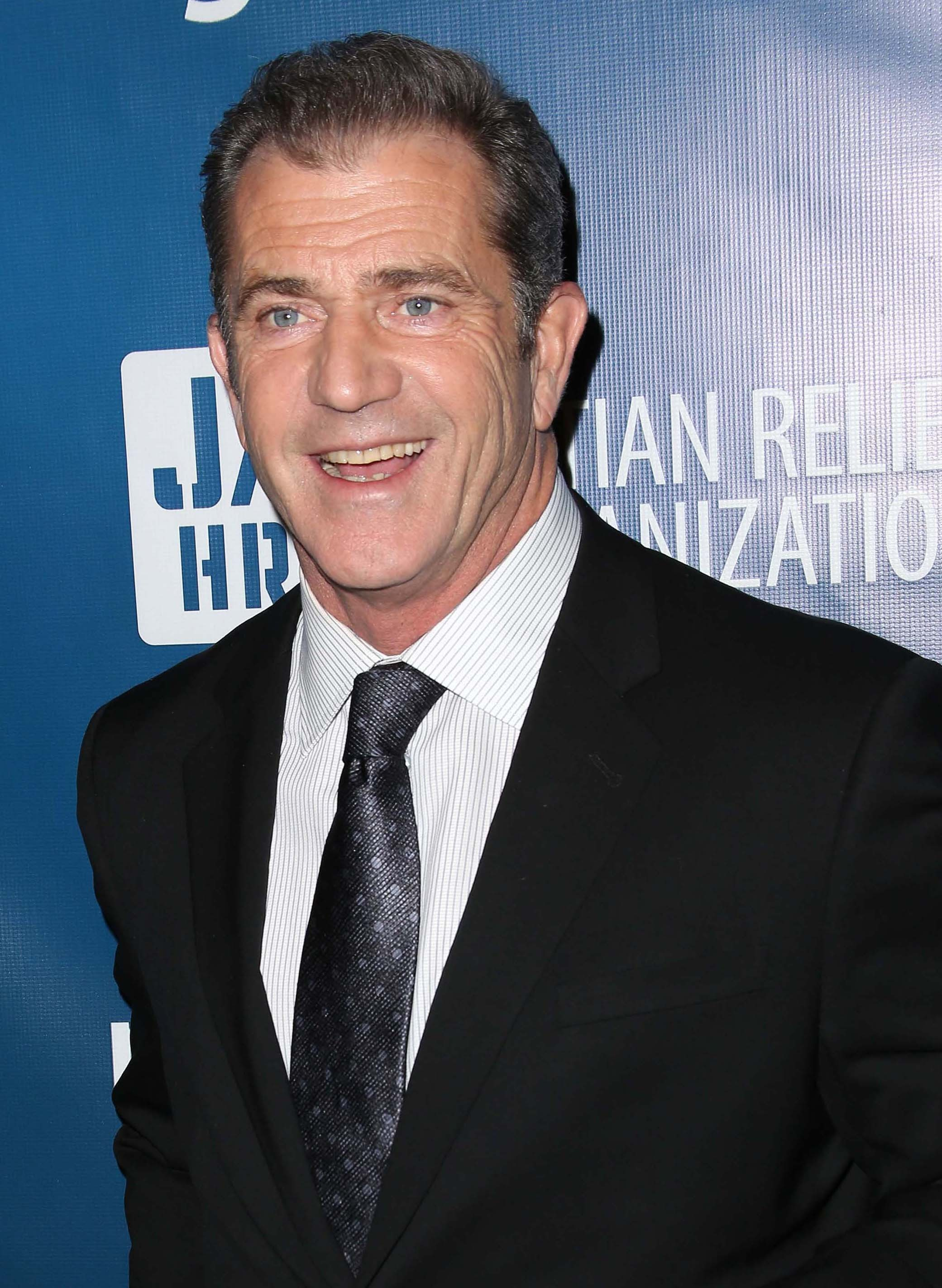 mel gibson yells at police checkpoint