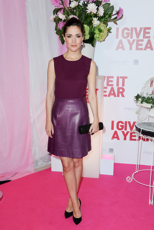 rose byrne leather skirt