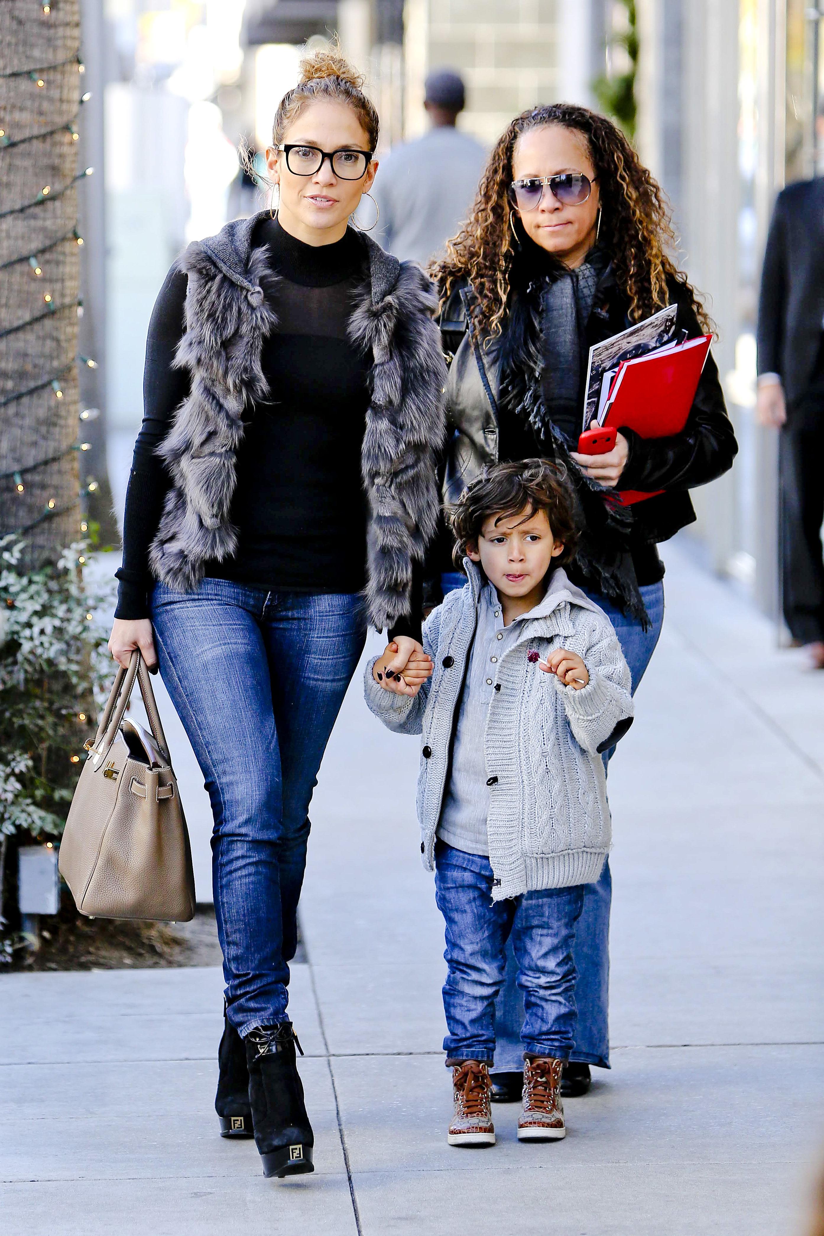 Jennifer Lopez JLo twins