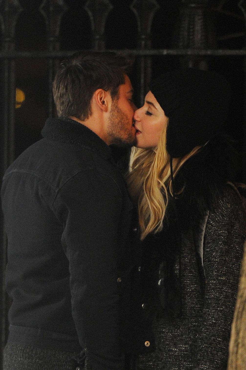 zac efron kiss