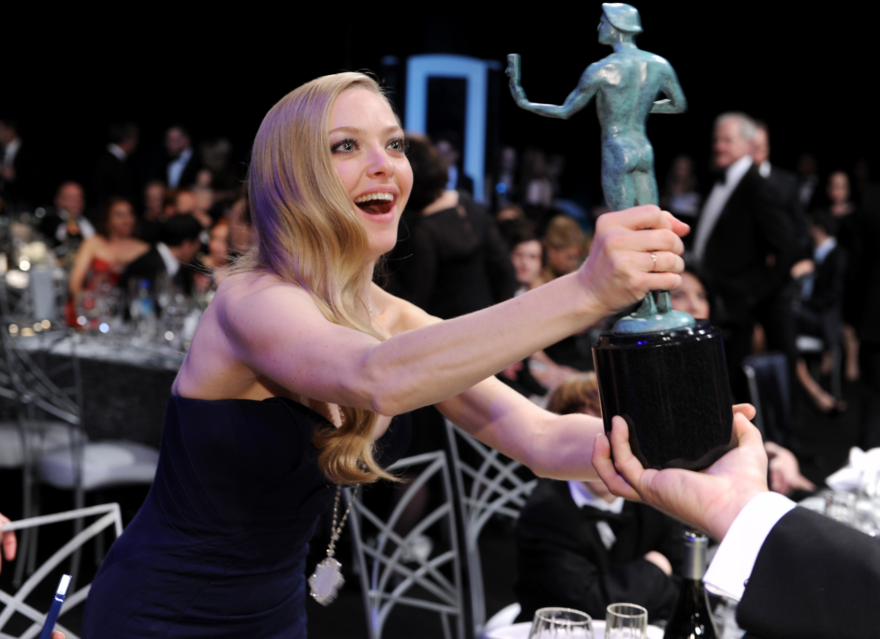 amanda seyfried sag awards