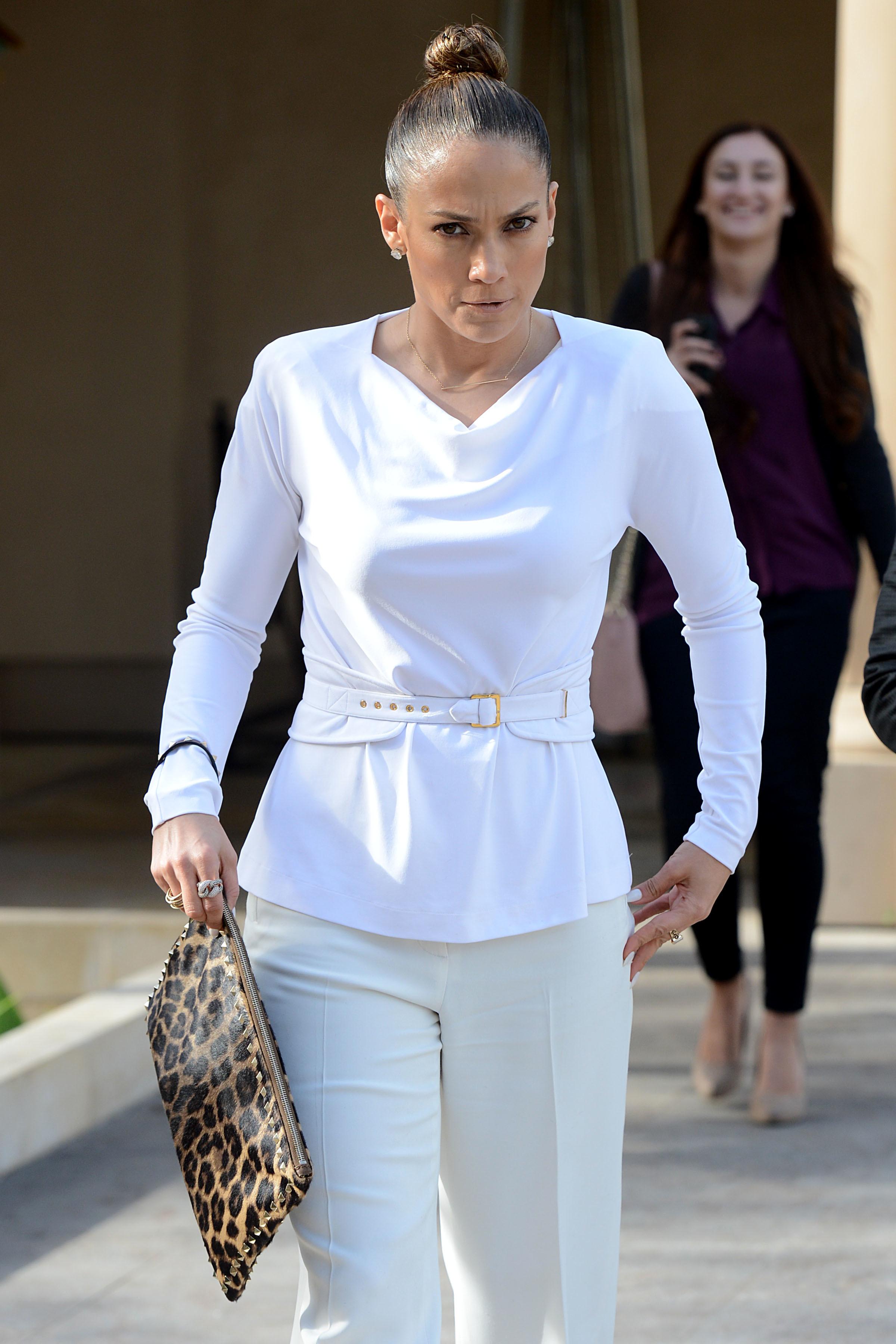 Jennifer Lopez angry