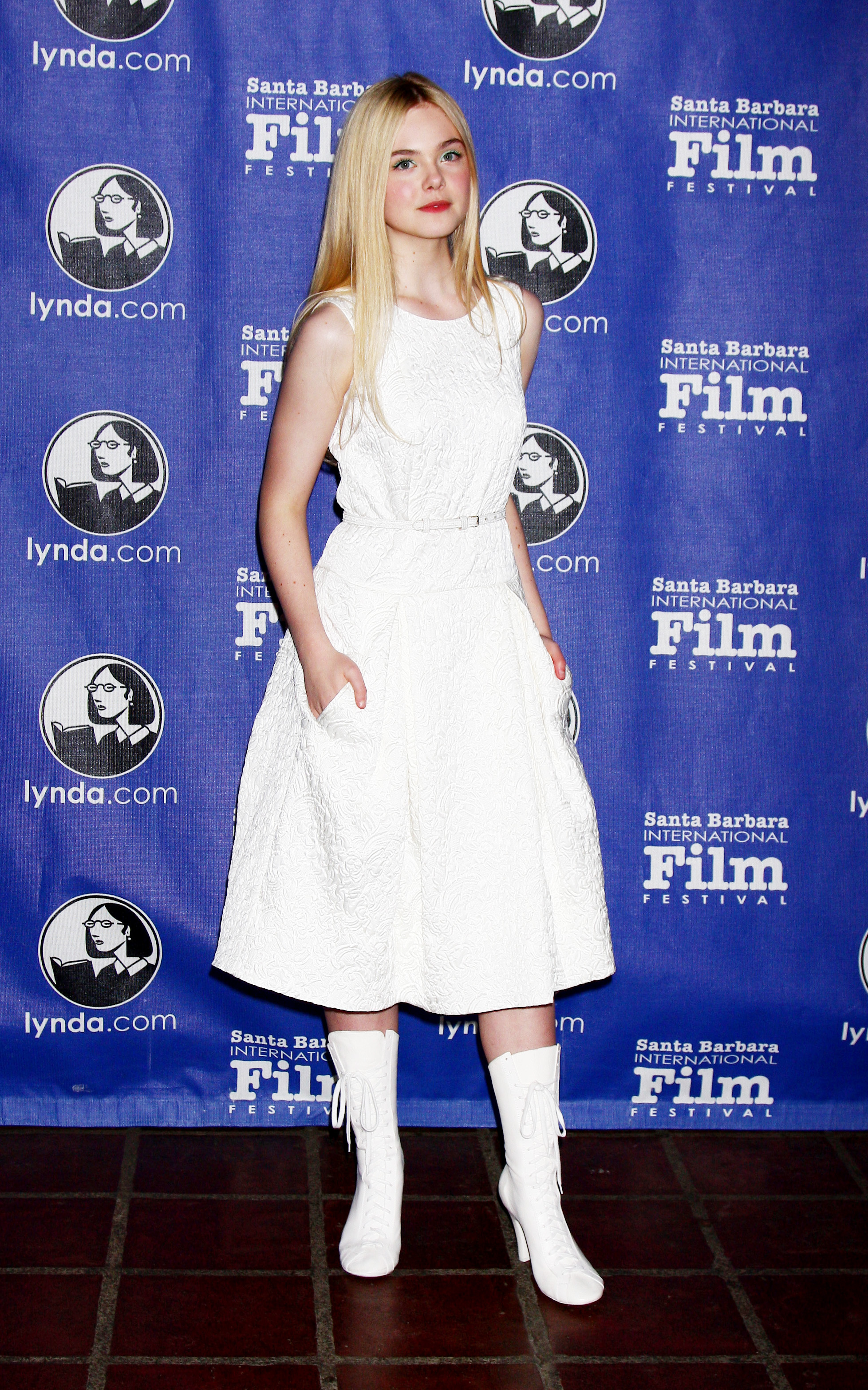 Elle fanning white dress boots
