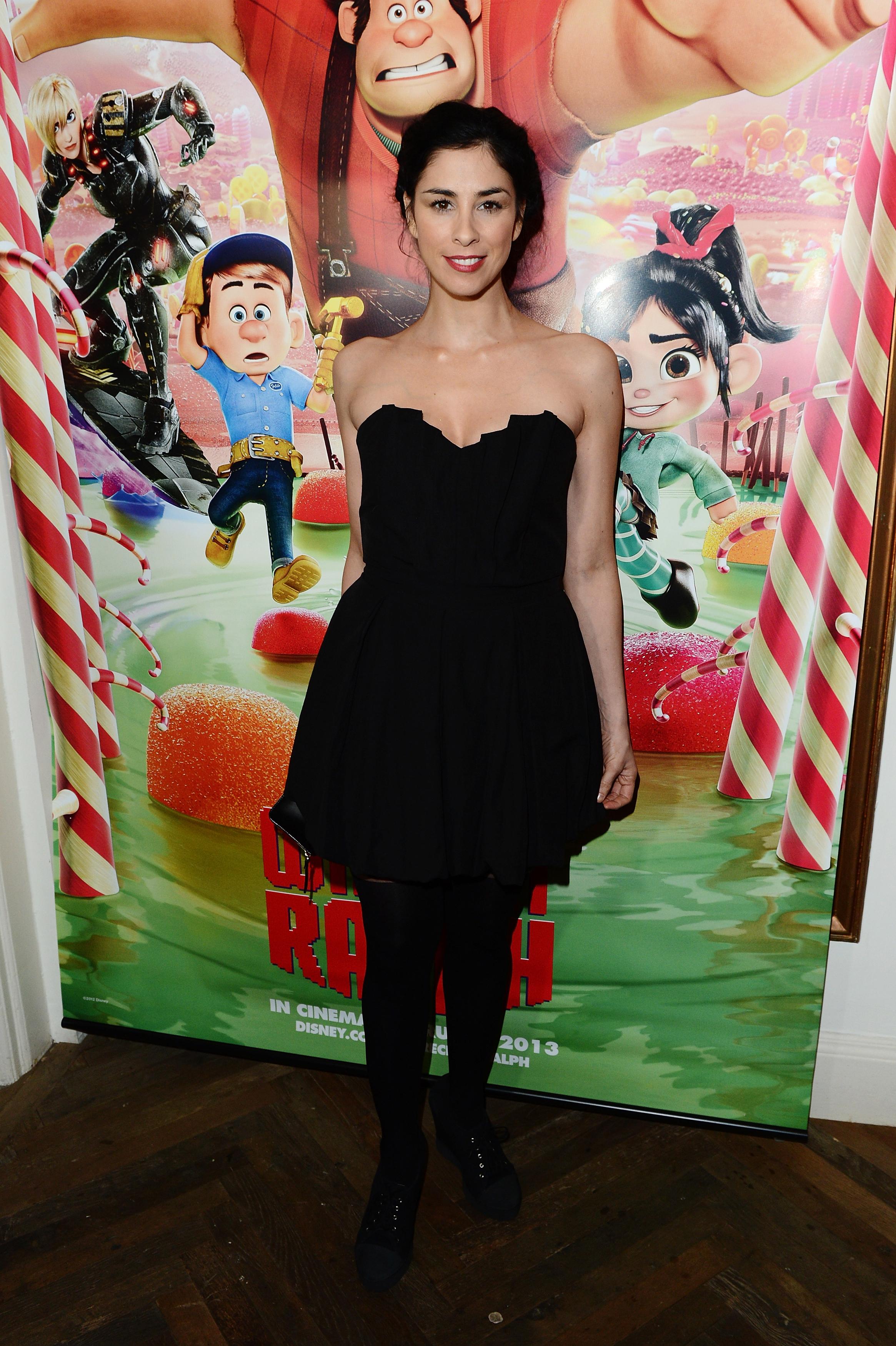 Sarah Silverman black dress Wreck in Ralph red carpet