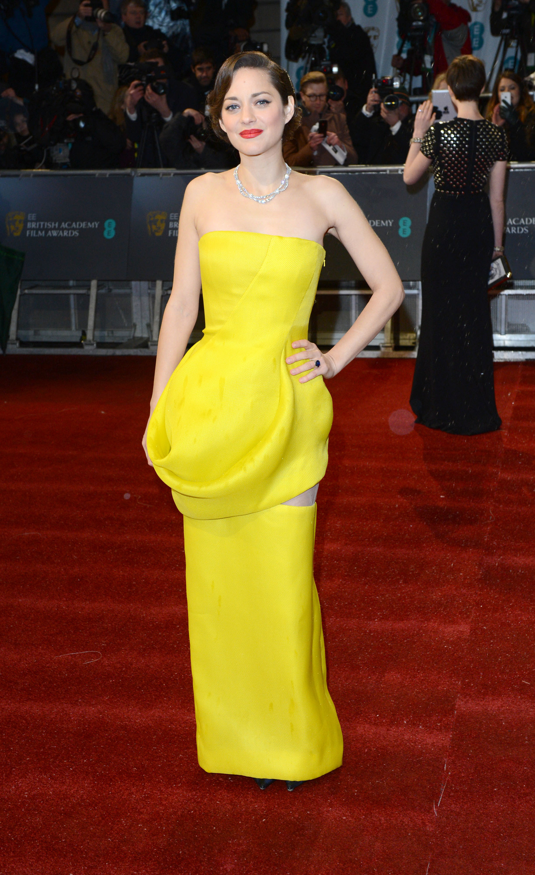 Marion Cotillard red carpet Dior couture BAFTA