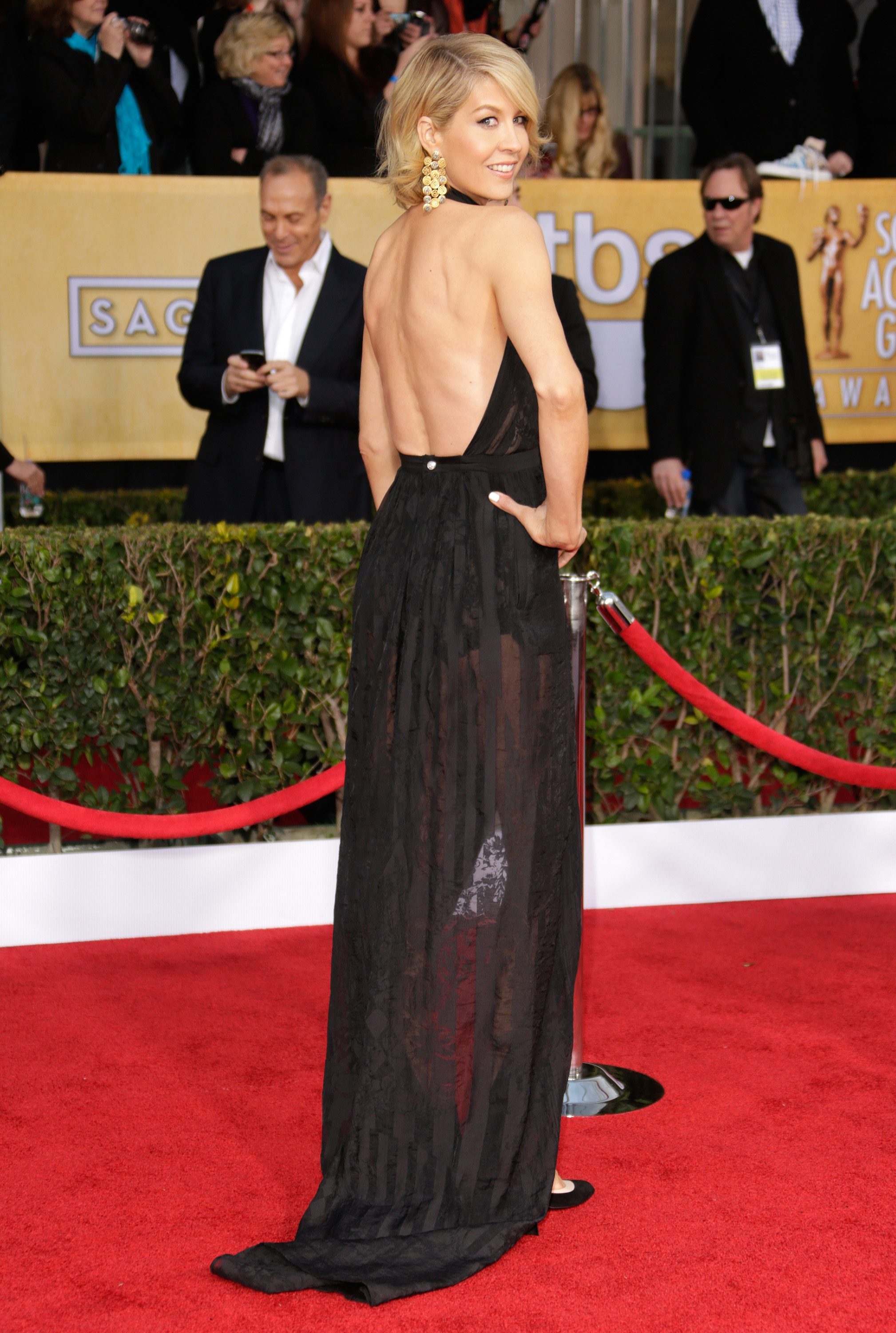 Jenna Elfman backless dress