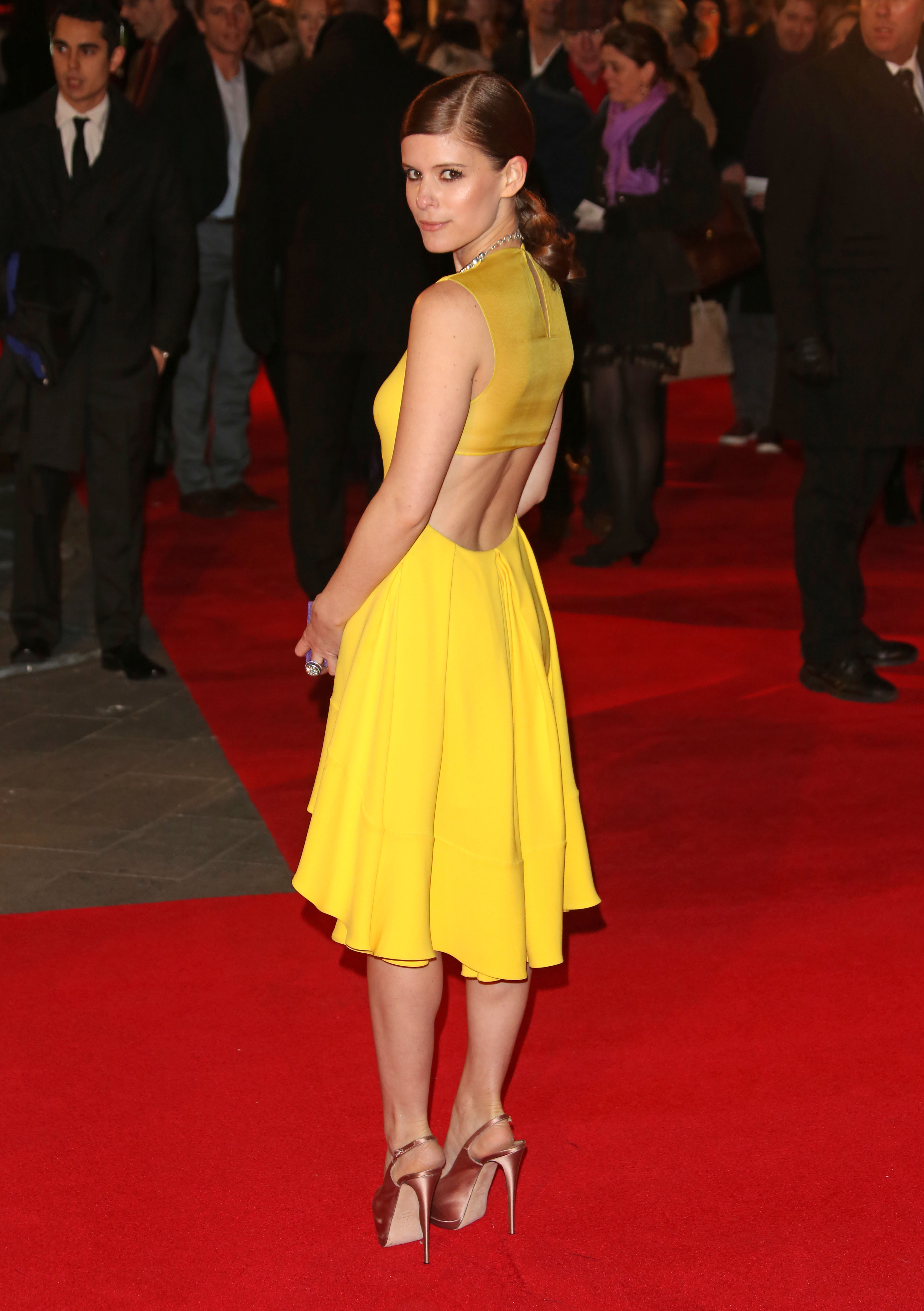 Kate Mara yellow dress