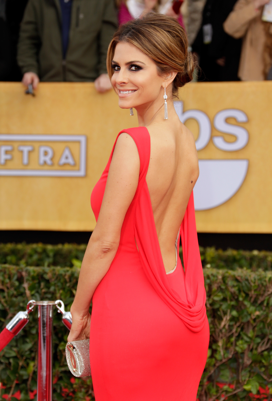 Maria Menounos backless red dress