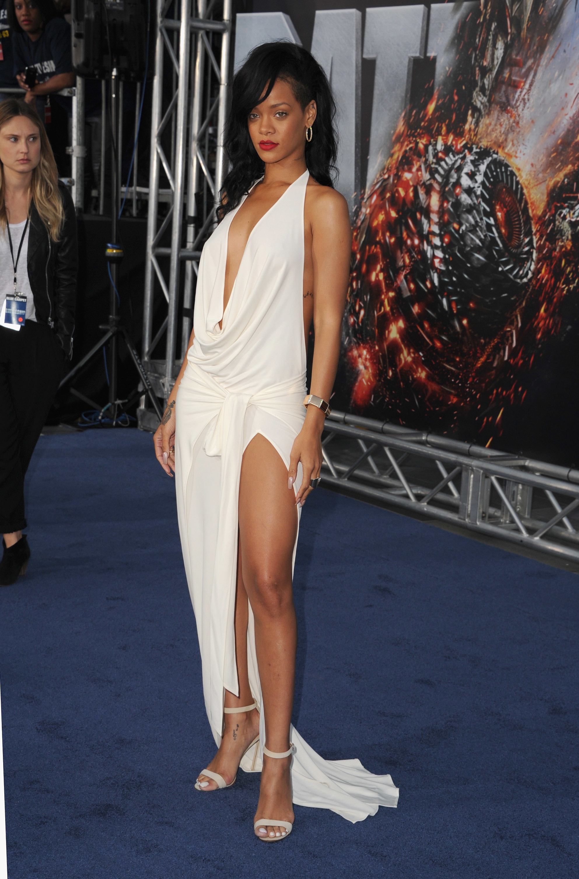 Rihanna slit