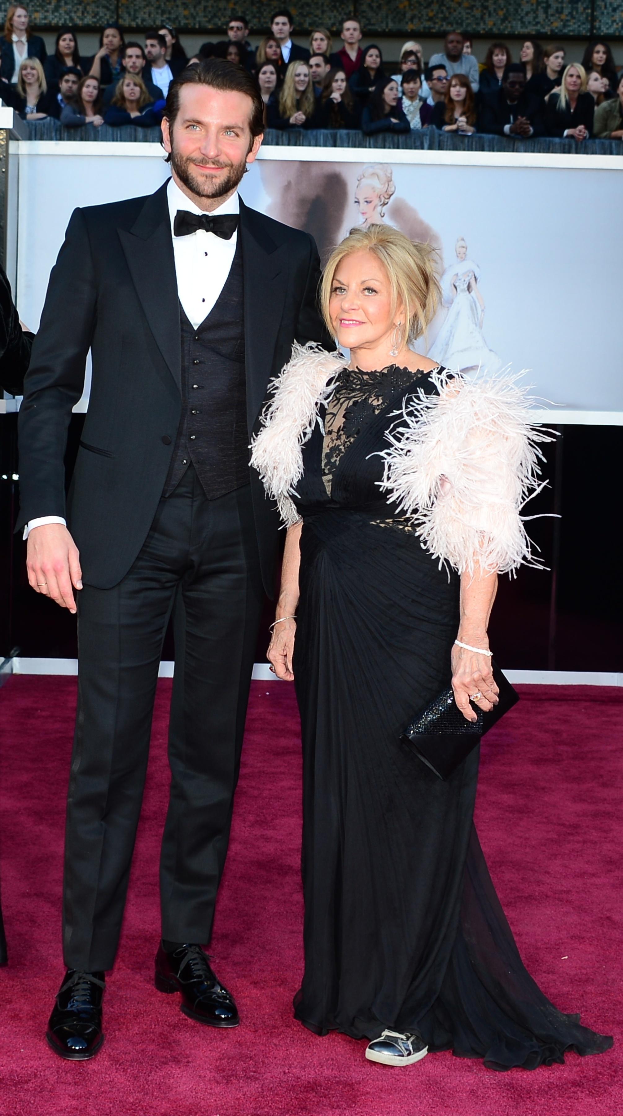 Bradley Cooper 2013 oscars academy awards