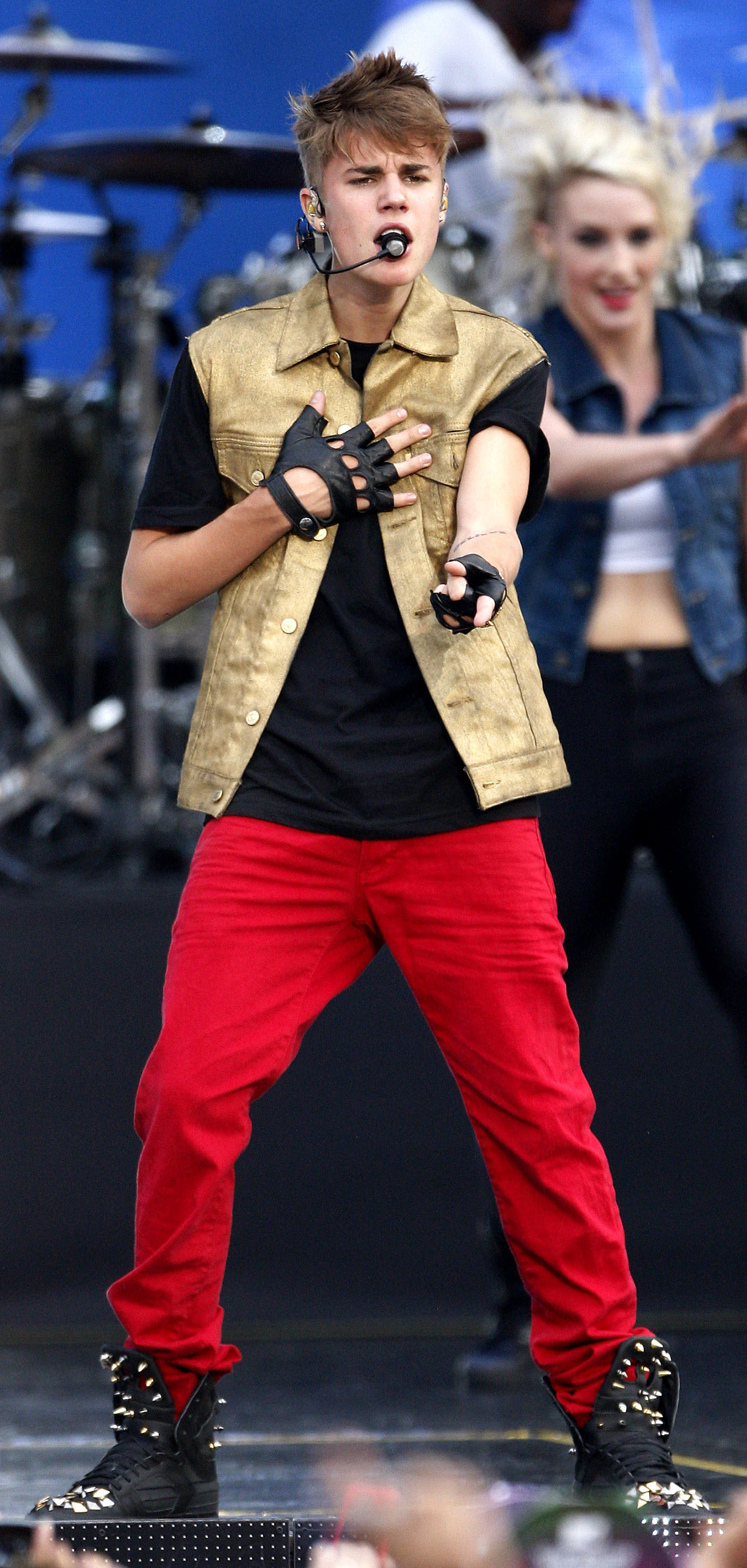 Justin Bieber One Direction style