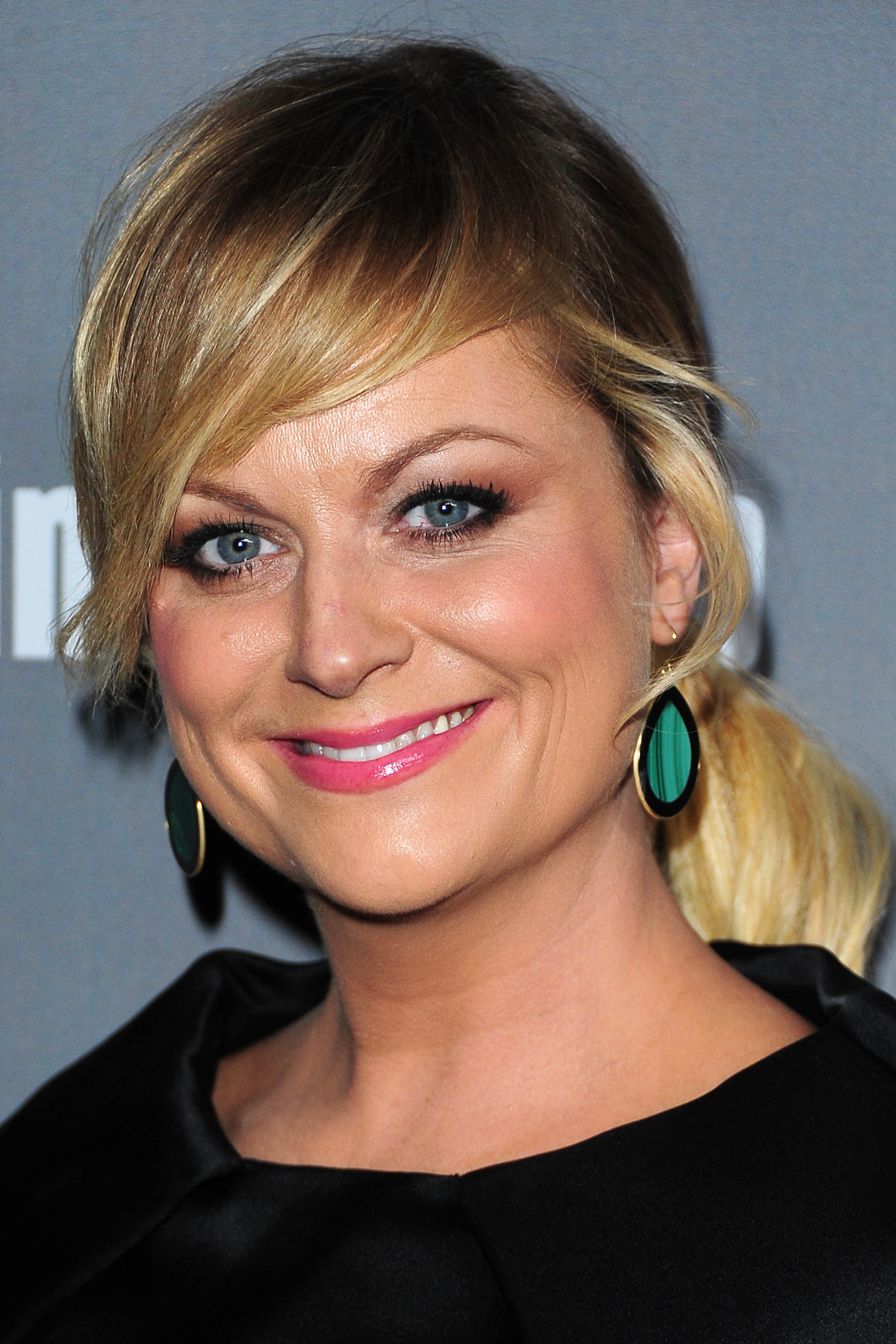 Amy Poehler bangs