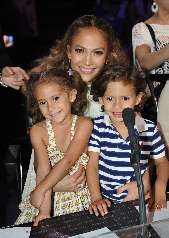Jennifer Lopez Max Emme