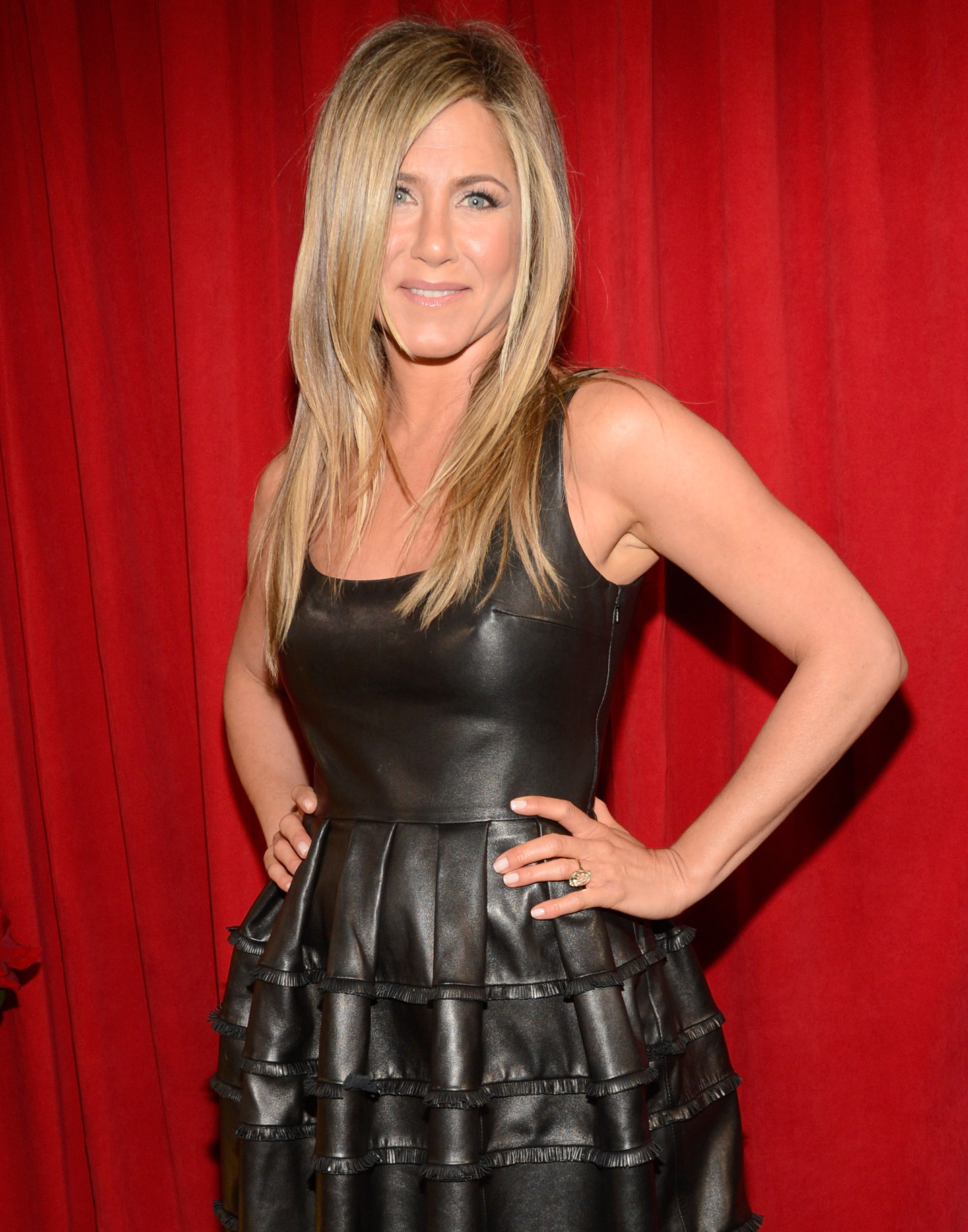 michelle obama jennifer aniston plastic surgery under arm increase
