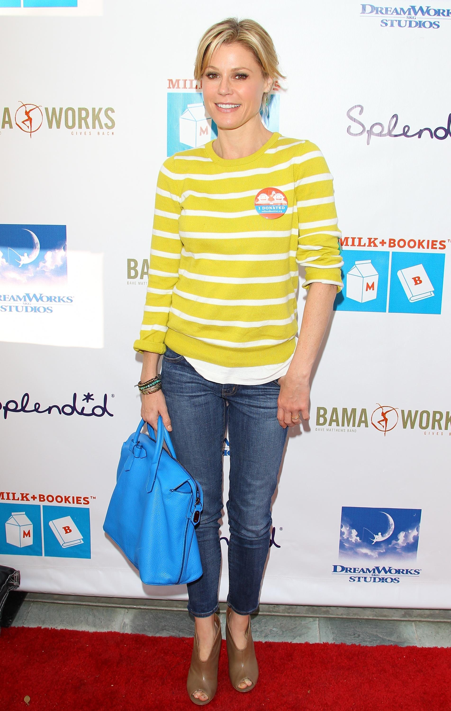 Julie Bowen wearing yellow