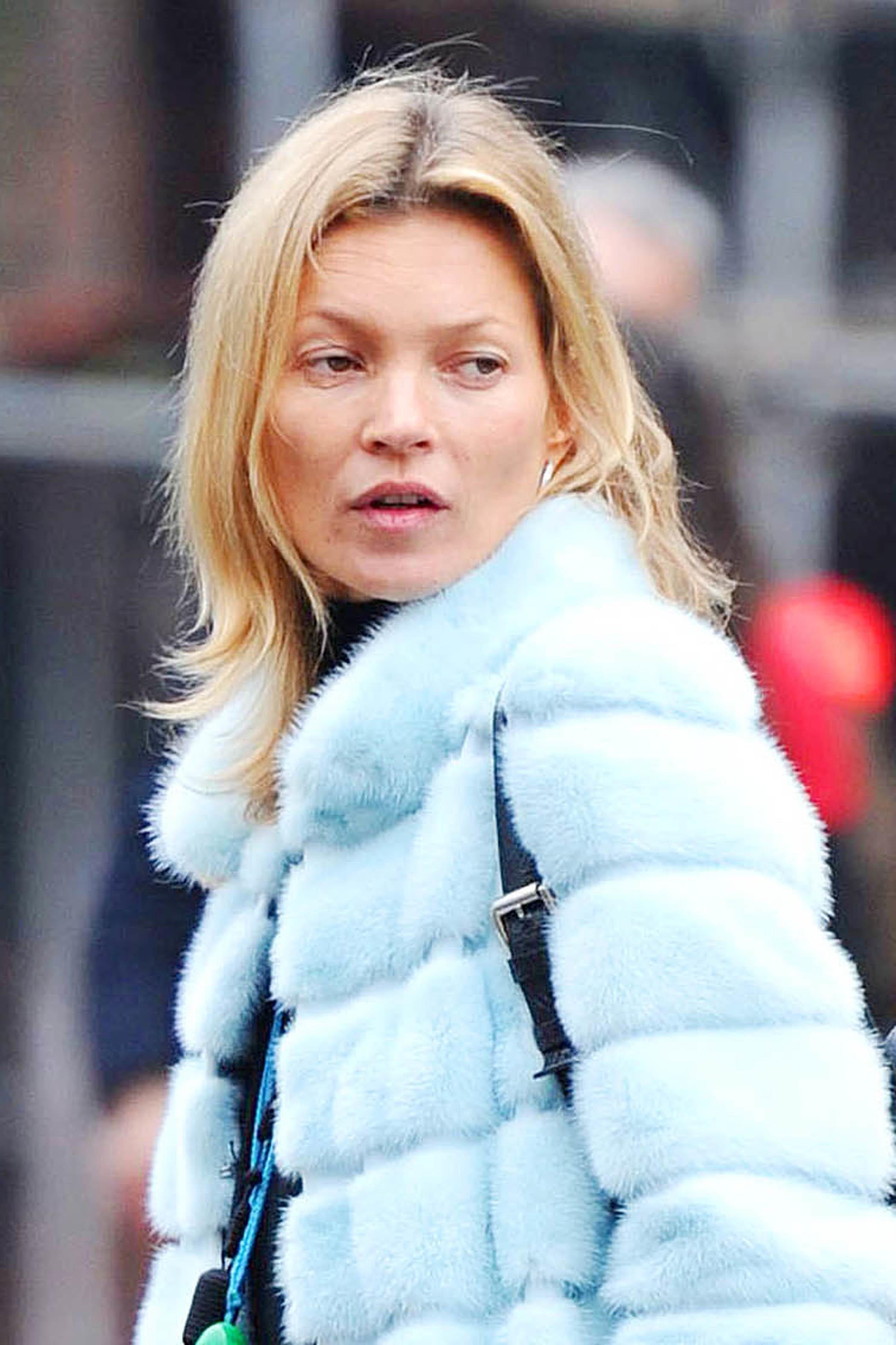Kate Moss without makeup blue fur coat