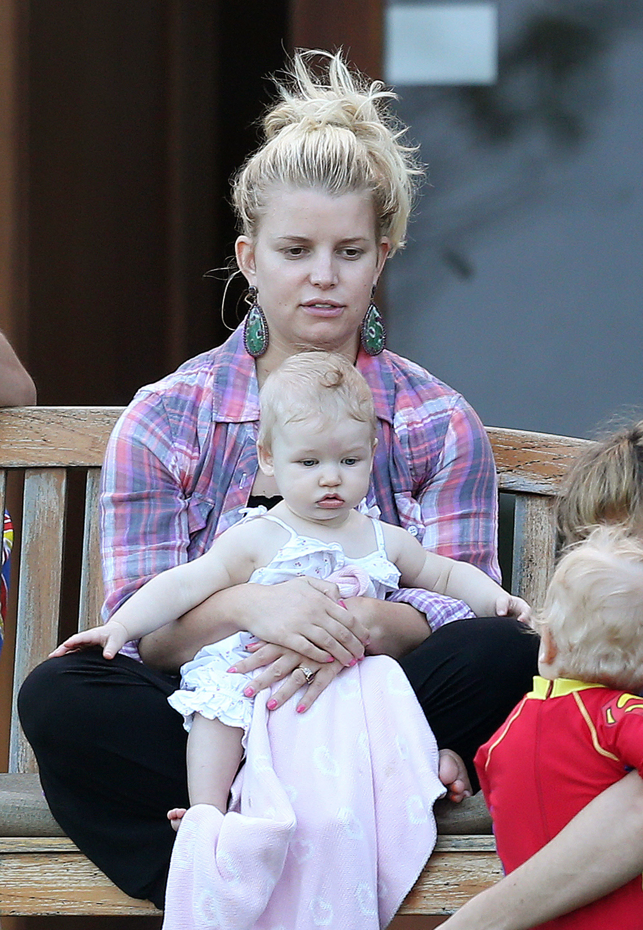 Jessica Simpson without makeup maxwell drew
