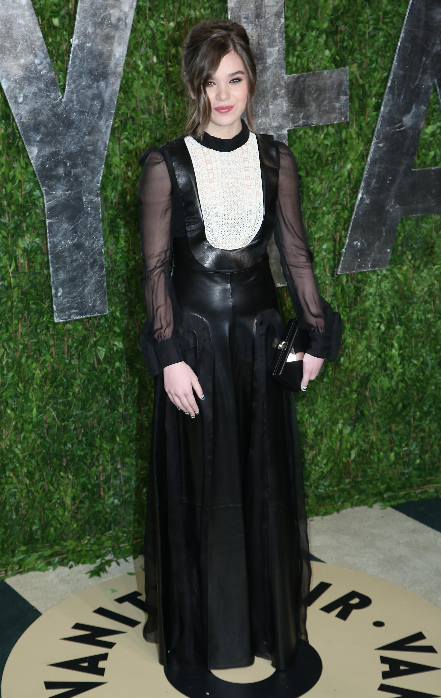 Hailee Steinfeld black and white leather chiffon dress vanity fair