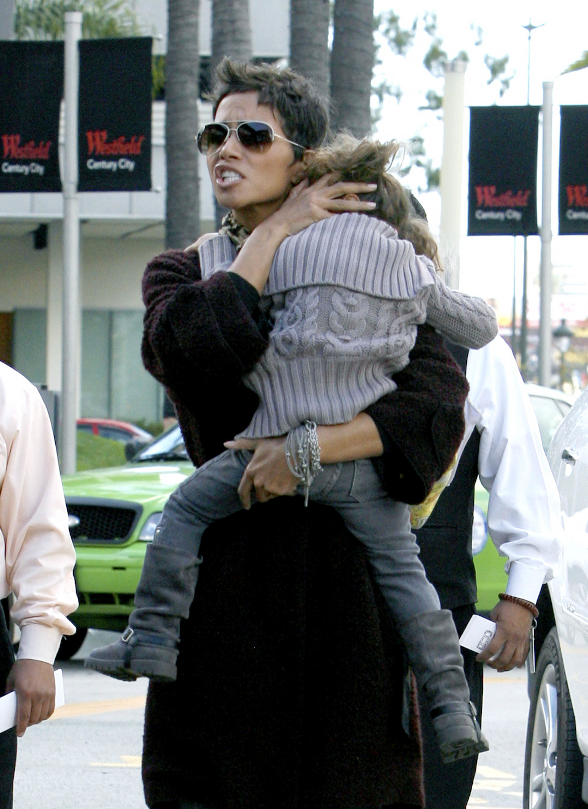 Halle Berry angry mom