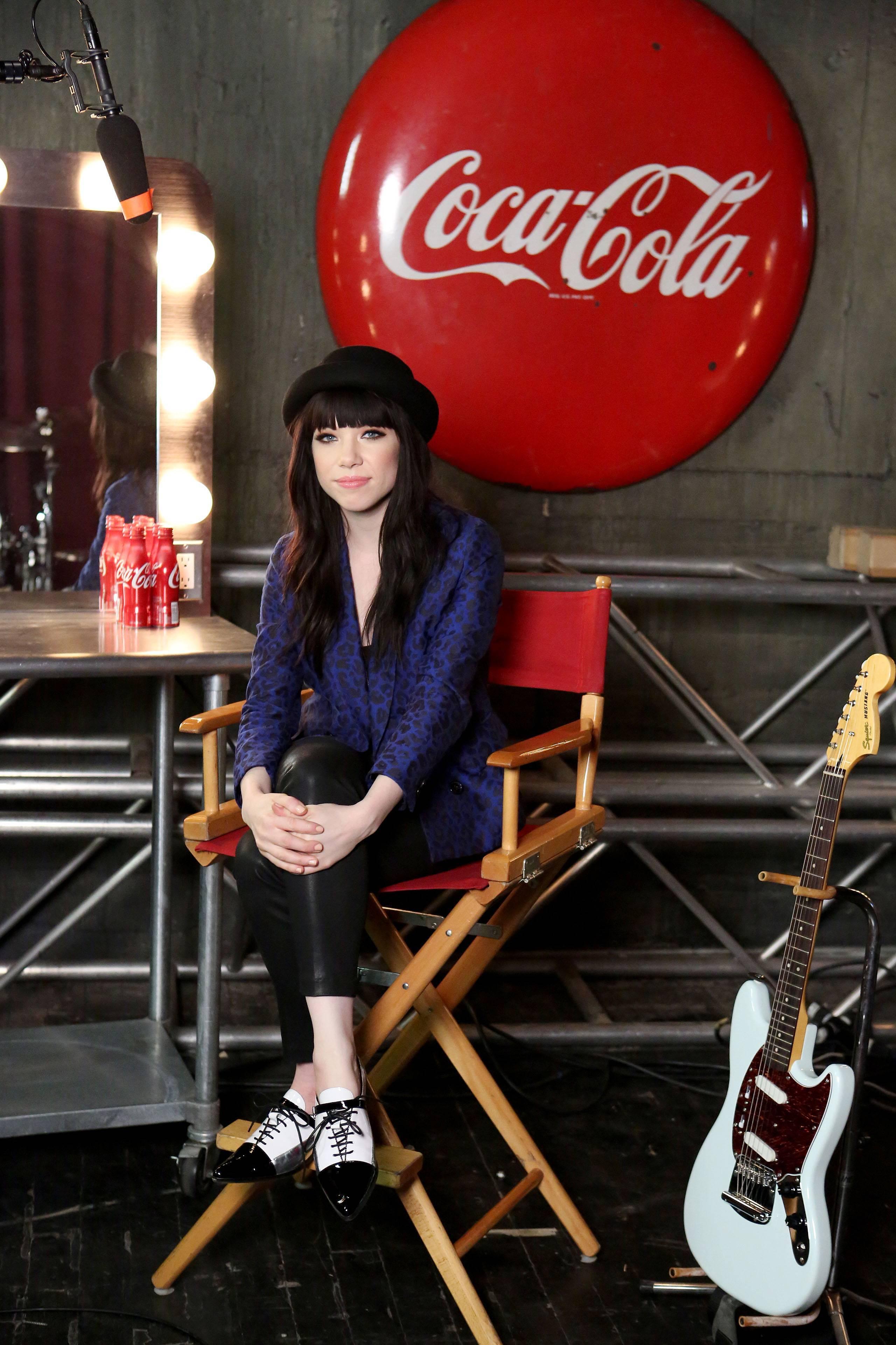 Carly rae Jepsen coca cola perfect harmony american idol