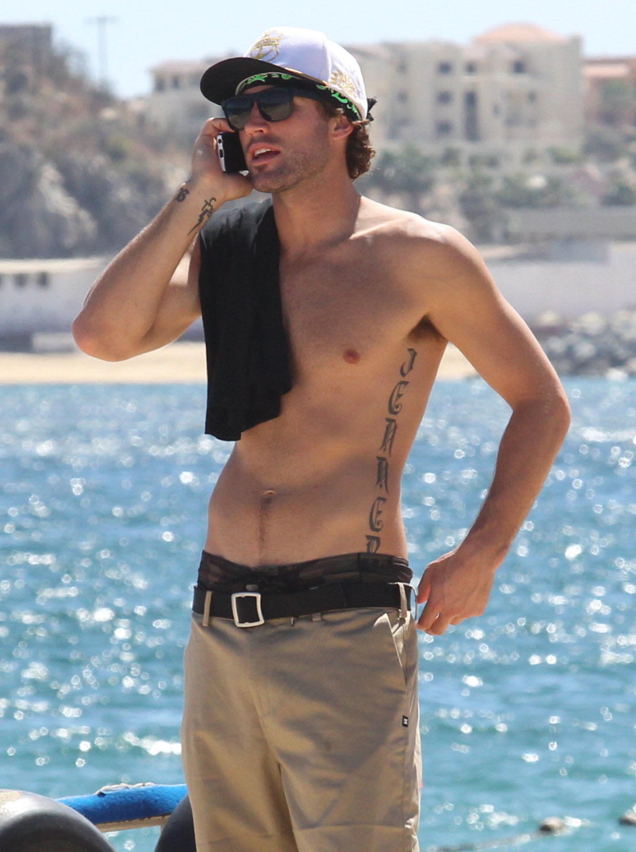 Brody Jenner Shirtless male men celebrity hunks dudes