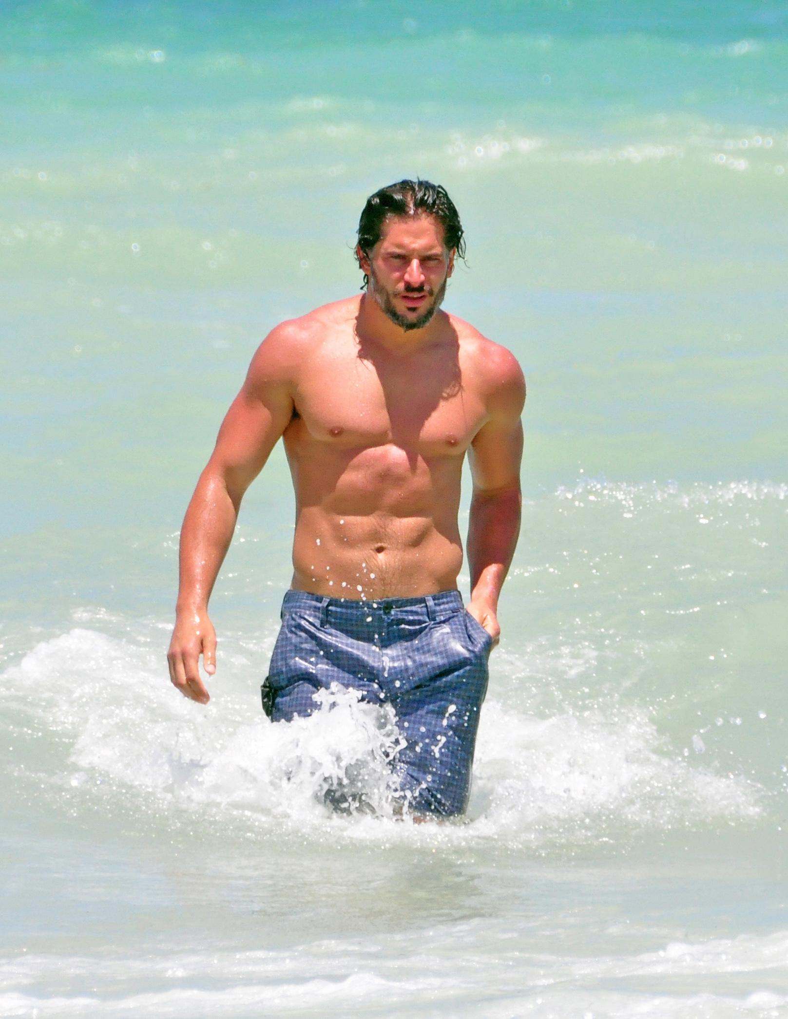 Joe Manganiello beach shirtless