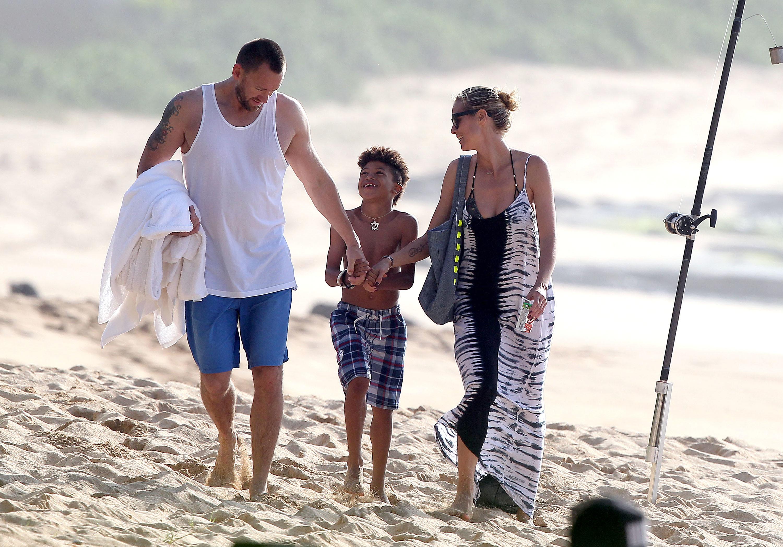 Martin Kristen Heidi Klum hawaii beach out and about