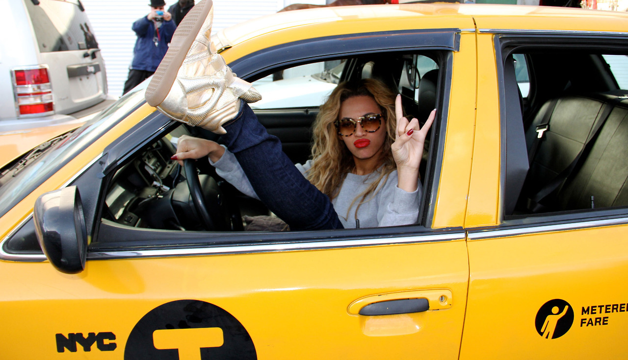beyonce taxi cab