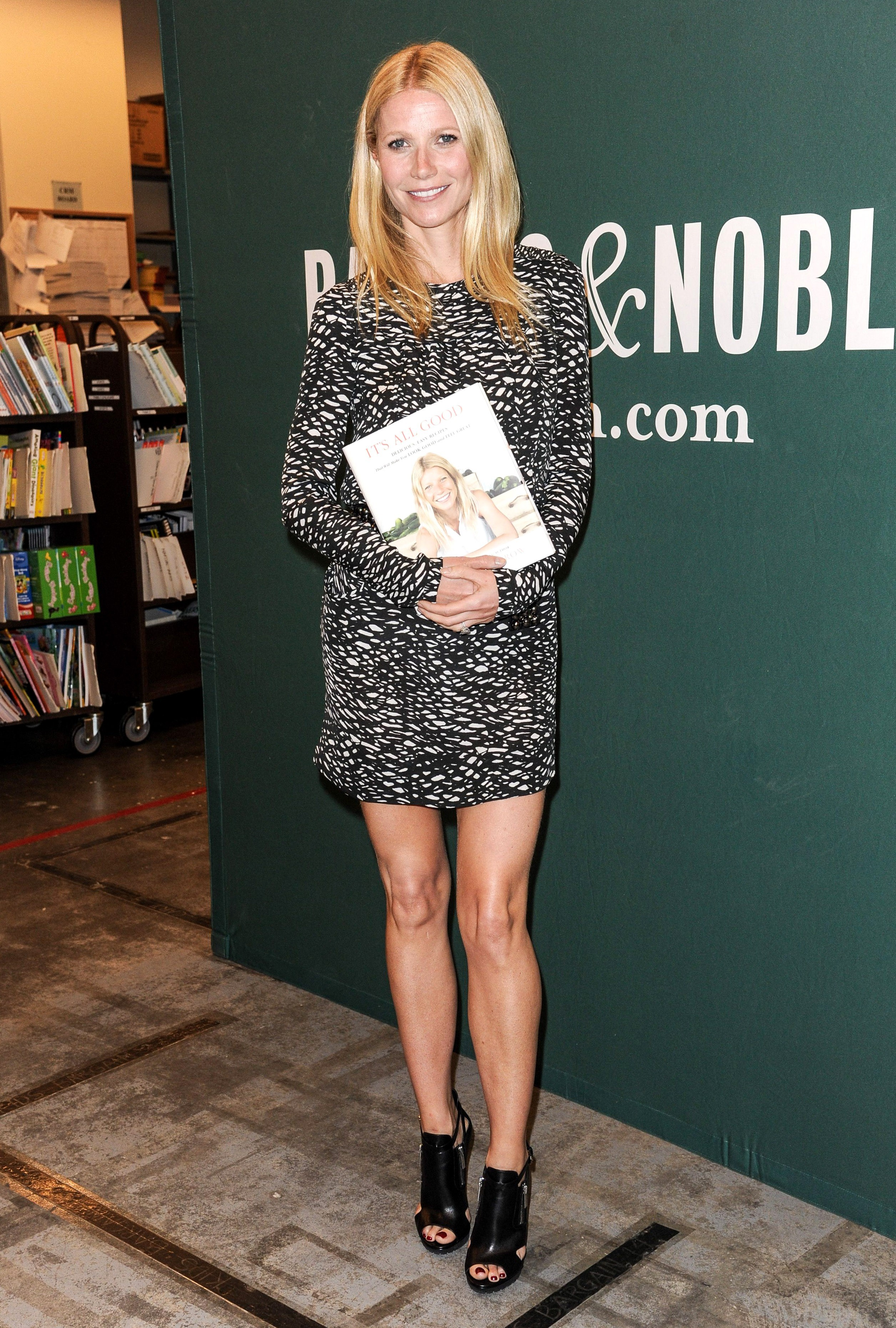 gwyneth paltrow cookbook signing grove la it's all good