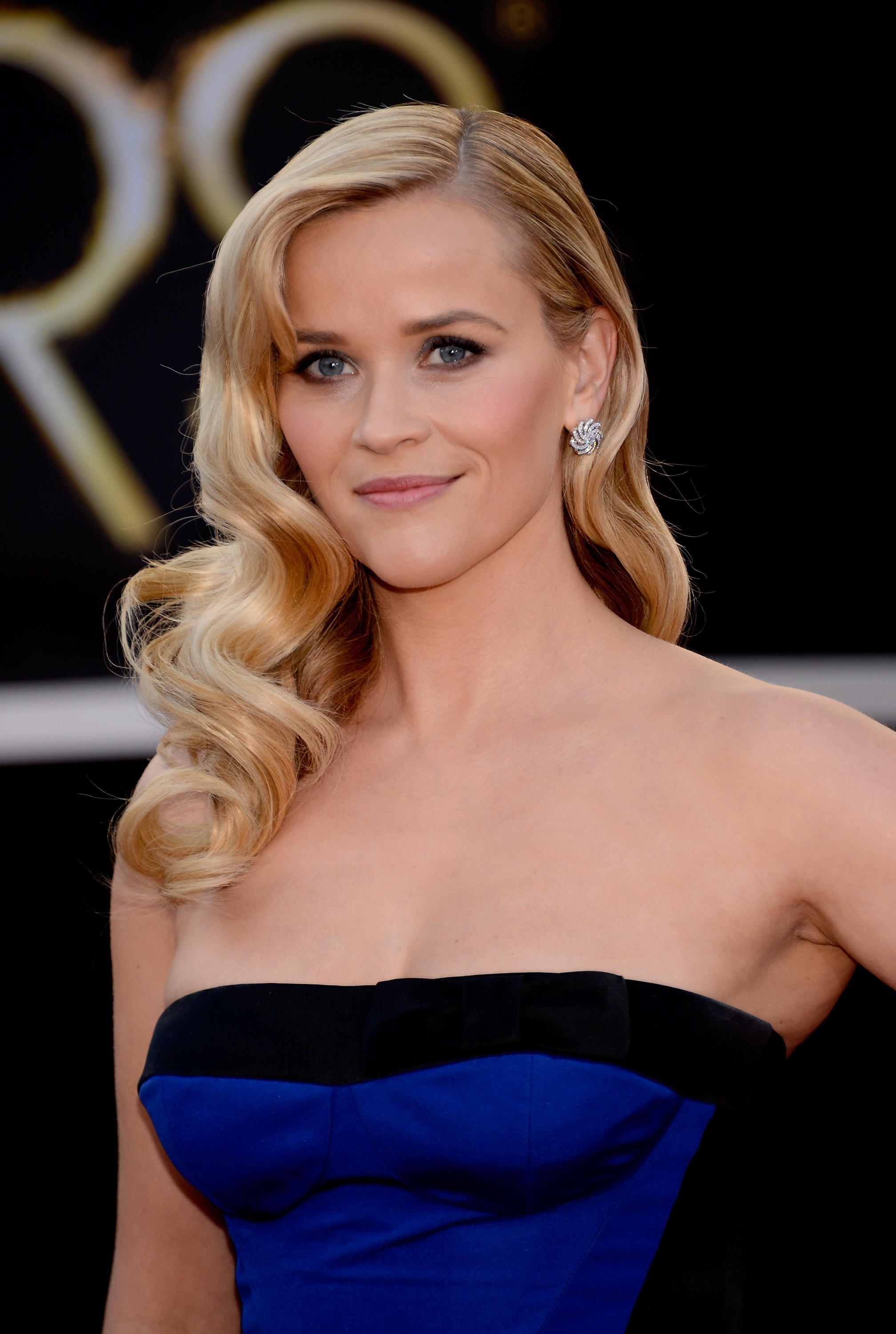 reese witherspoon blond