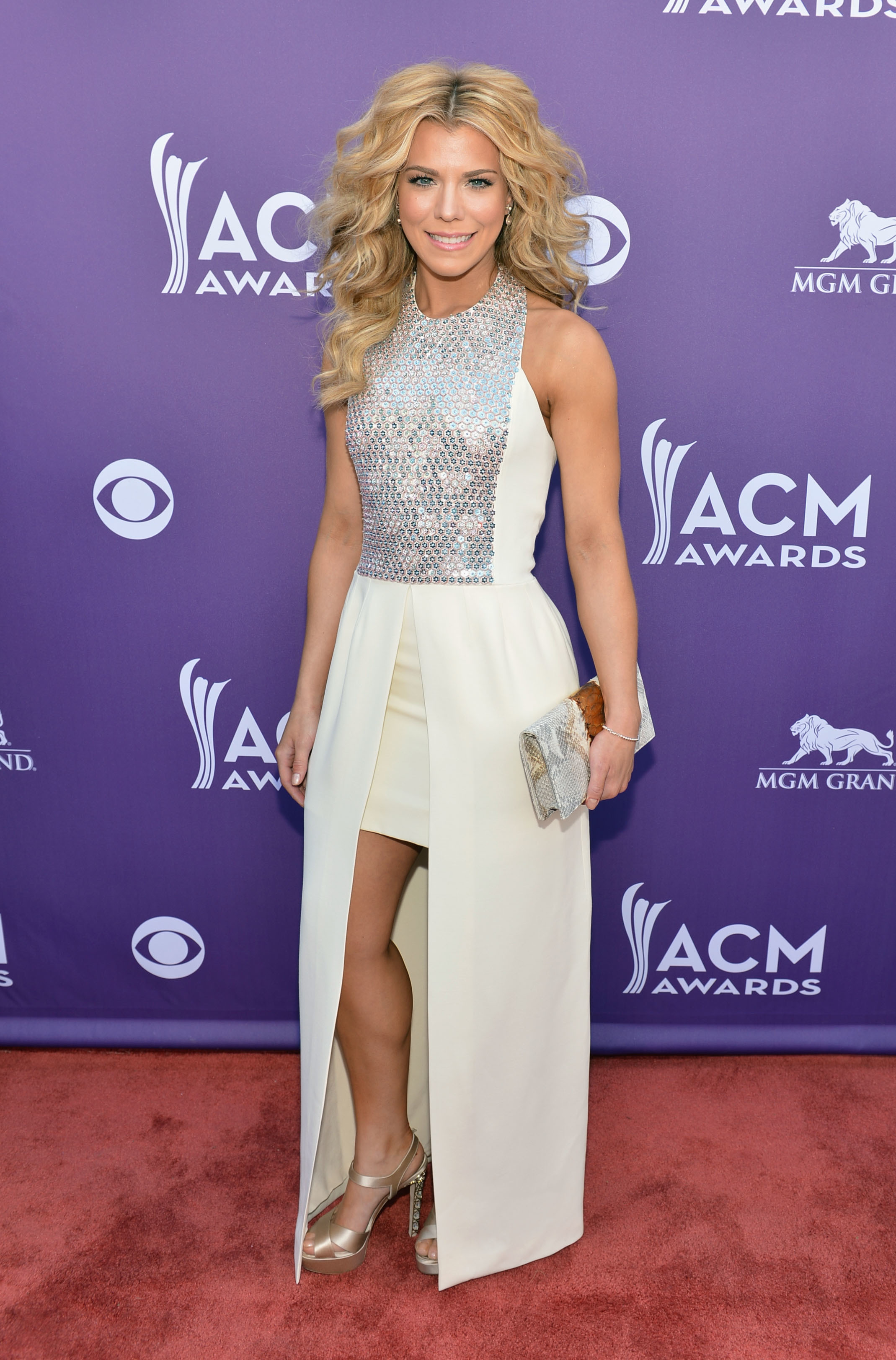 Kimberly Perry white silver dress 2013 ACM Awards