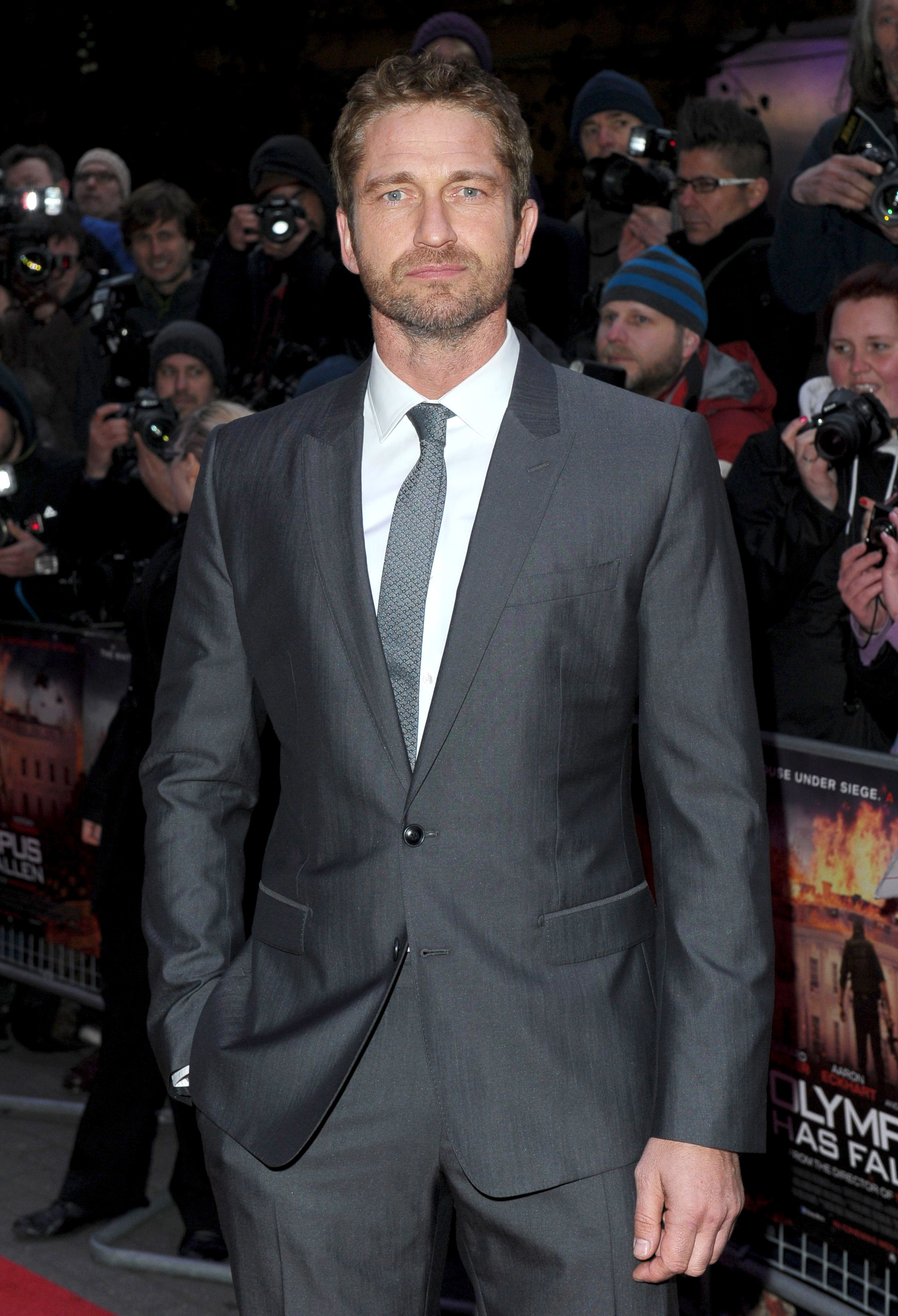 gerard butler celebs with college degrees