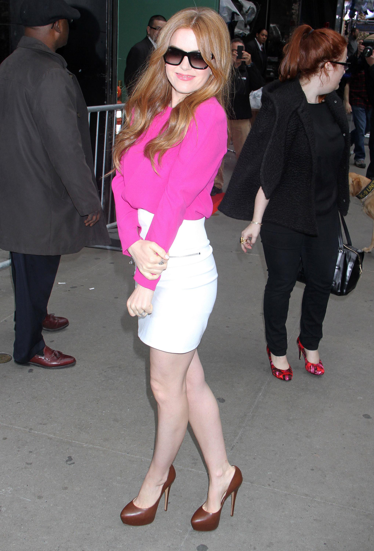Kate Hudson Isla Fisher magenta top