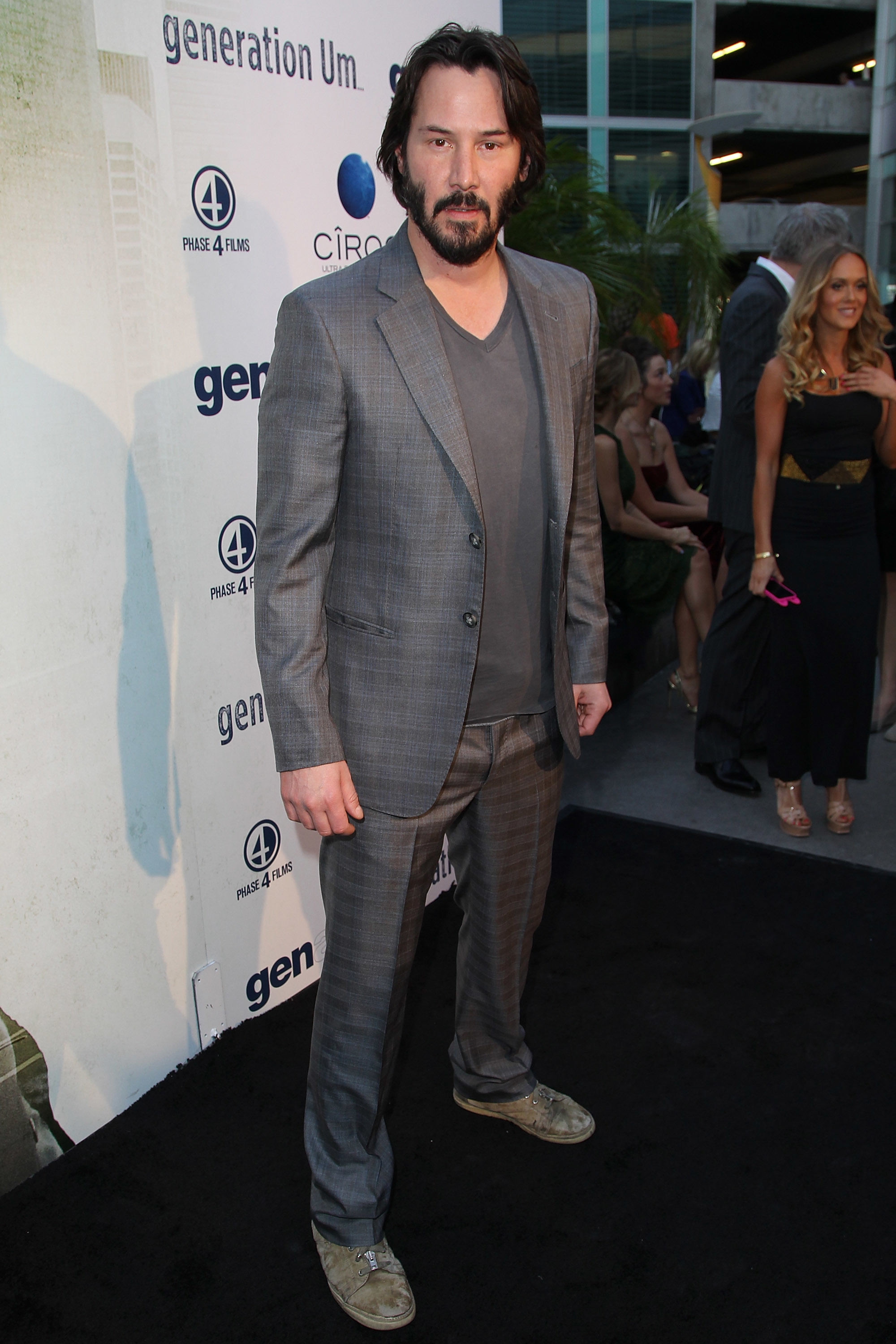 keanu reeves cannes fat bloated looks different ugly hot skinny