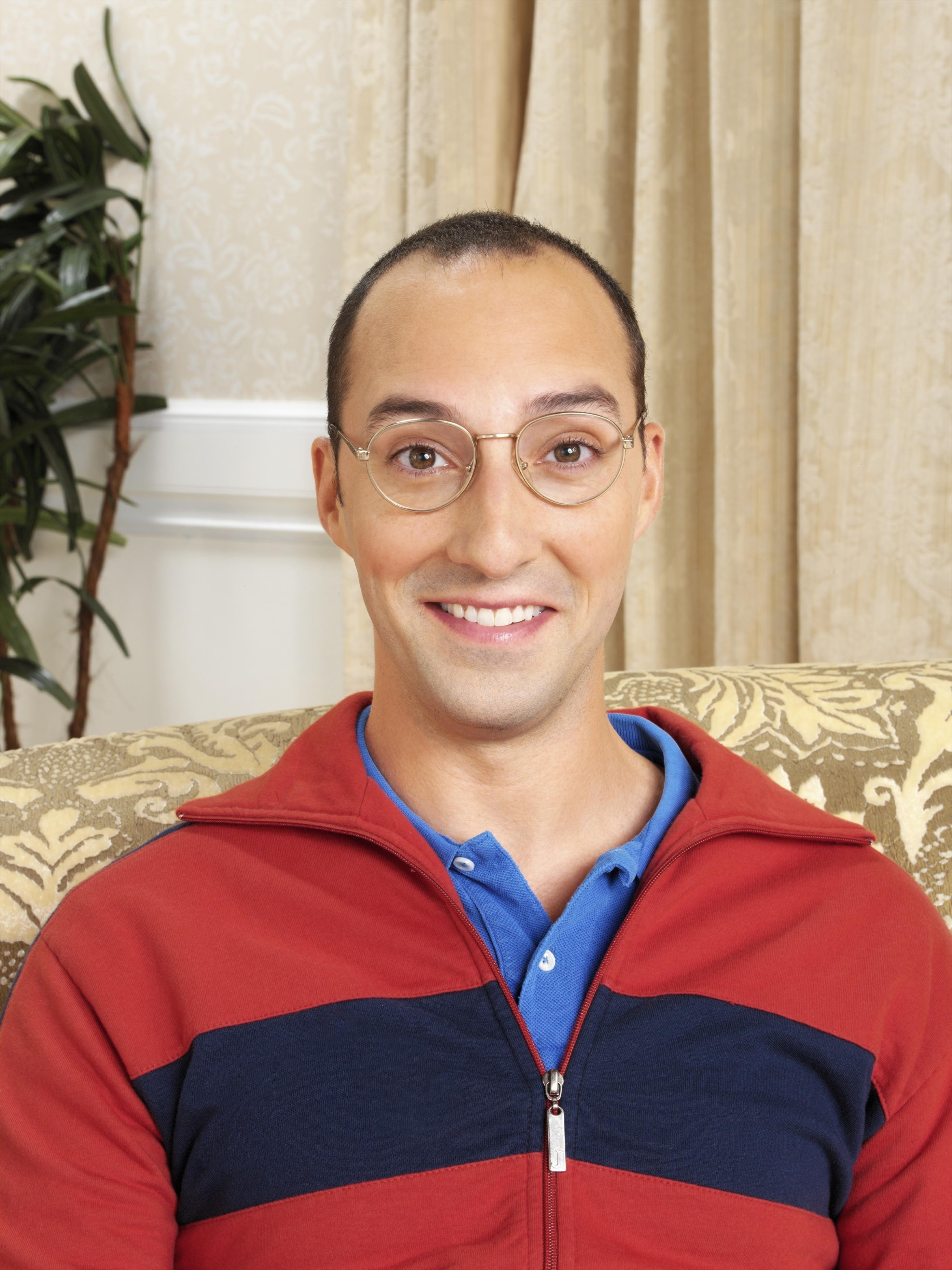 buster bluth mama's boy