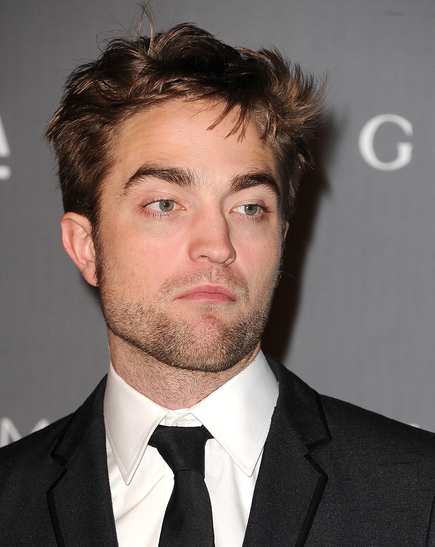 robert pattinson eyebrows