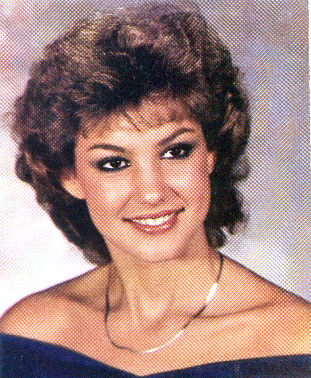 Faith Hill yearbook photo