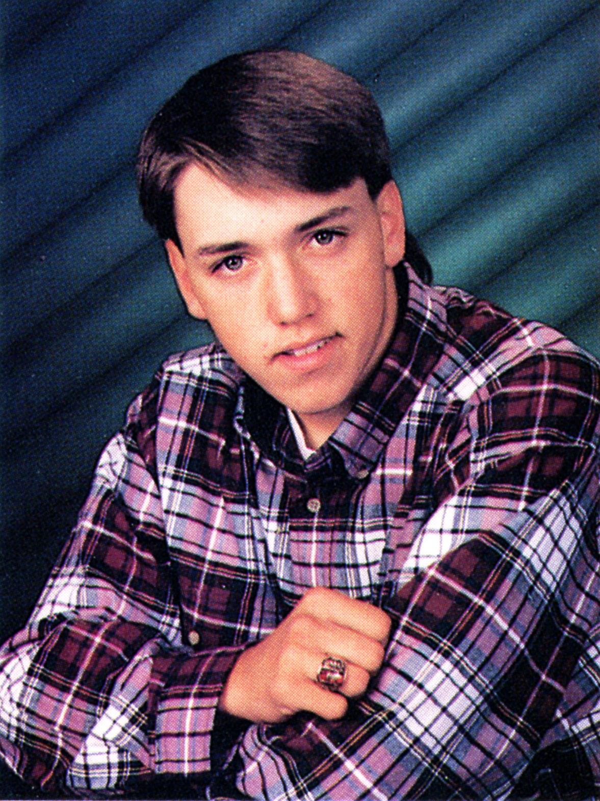 Jason Aldean yearbook photo