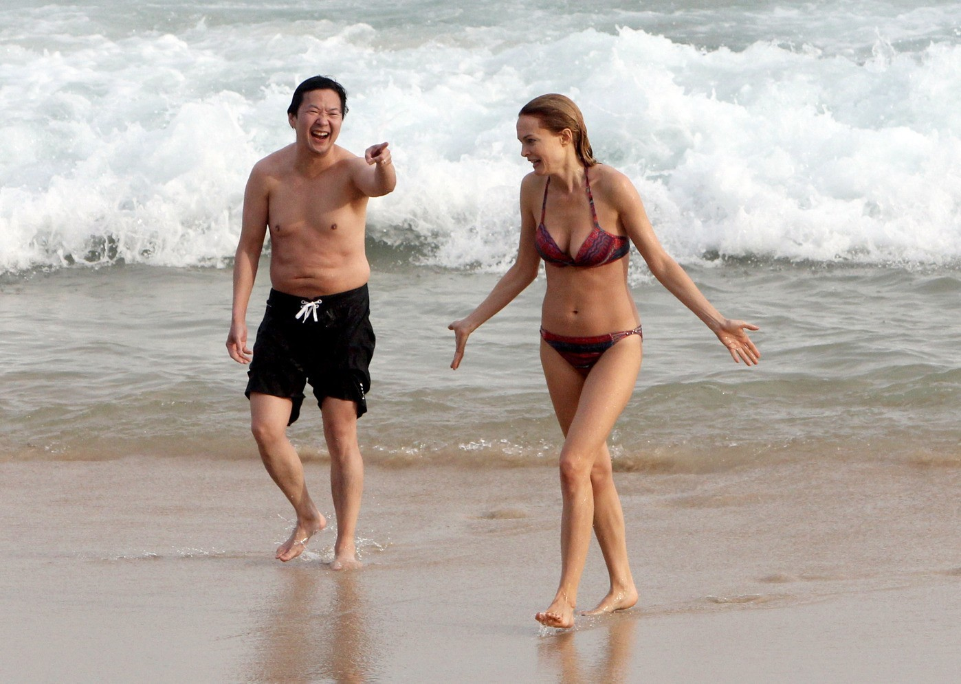 bradley cooper shirtless beach brazil rio hangover heather graham ken jeong