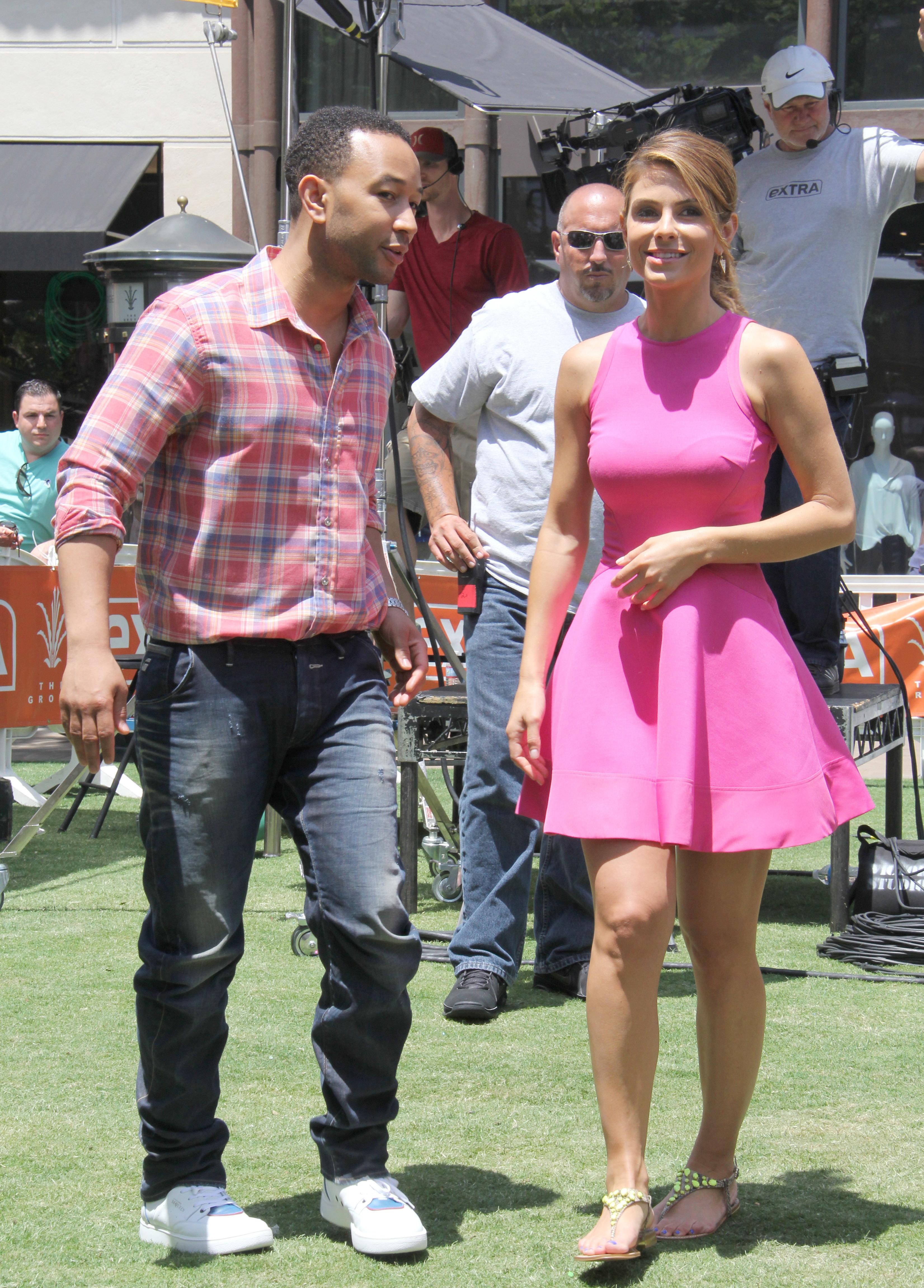 maria menounos trend report stars wearing pink
