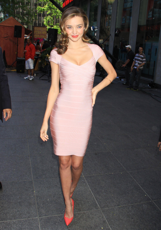 miranda kerr trend report stars wearing pink